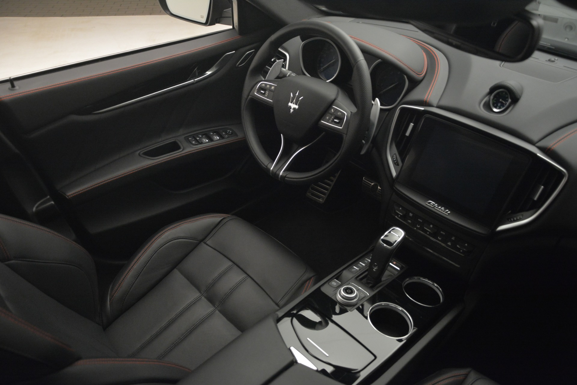New 2019 Maserati Ghibli S Q4 GranSport For Sale In Greenwich, CT. Alfa Romeo of Greenwich, W634 2614_p16