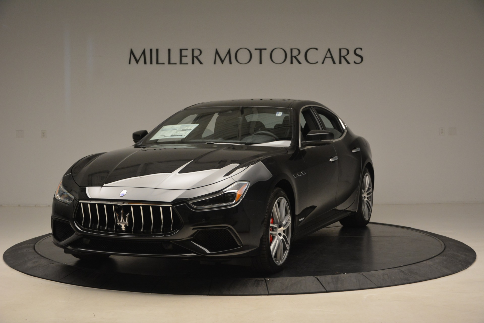 New 2019 Maserati Ghibli S Q4 GranSport For Sale In Greenwich, CT. Alfa Romeo of Greenwich, W635 2615_main