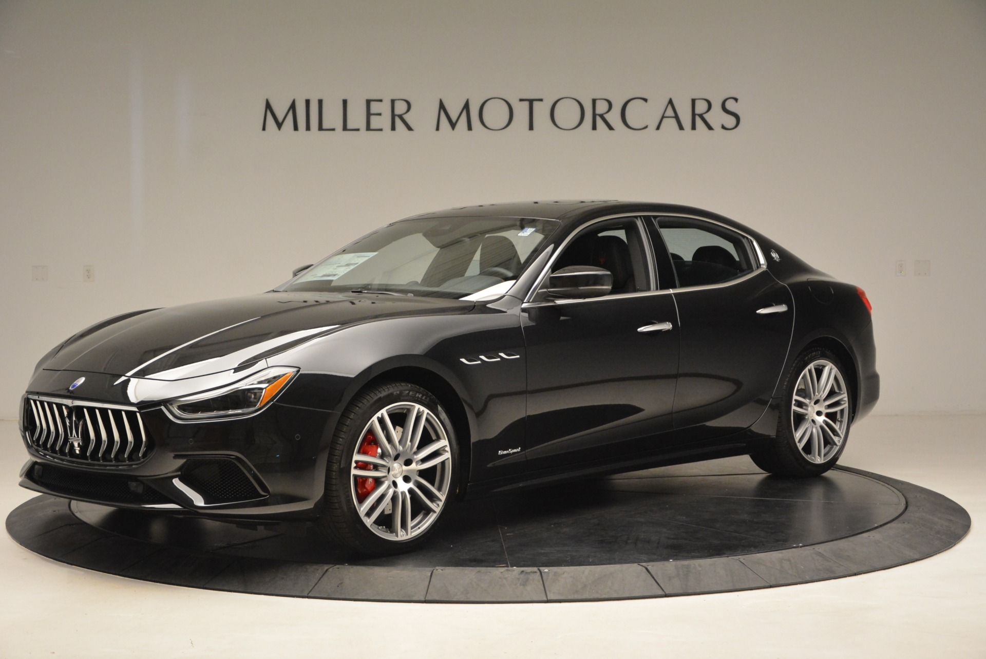 New 2019 Maserati Ghibli S Q4 GranSport For Sale In Greenwich, CT. Alfa Romeo of Greenwich, W635 2615_p2