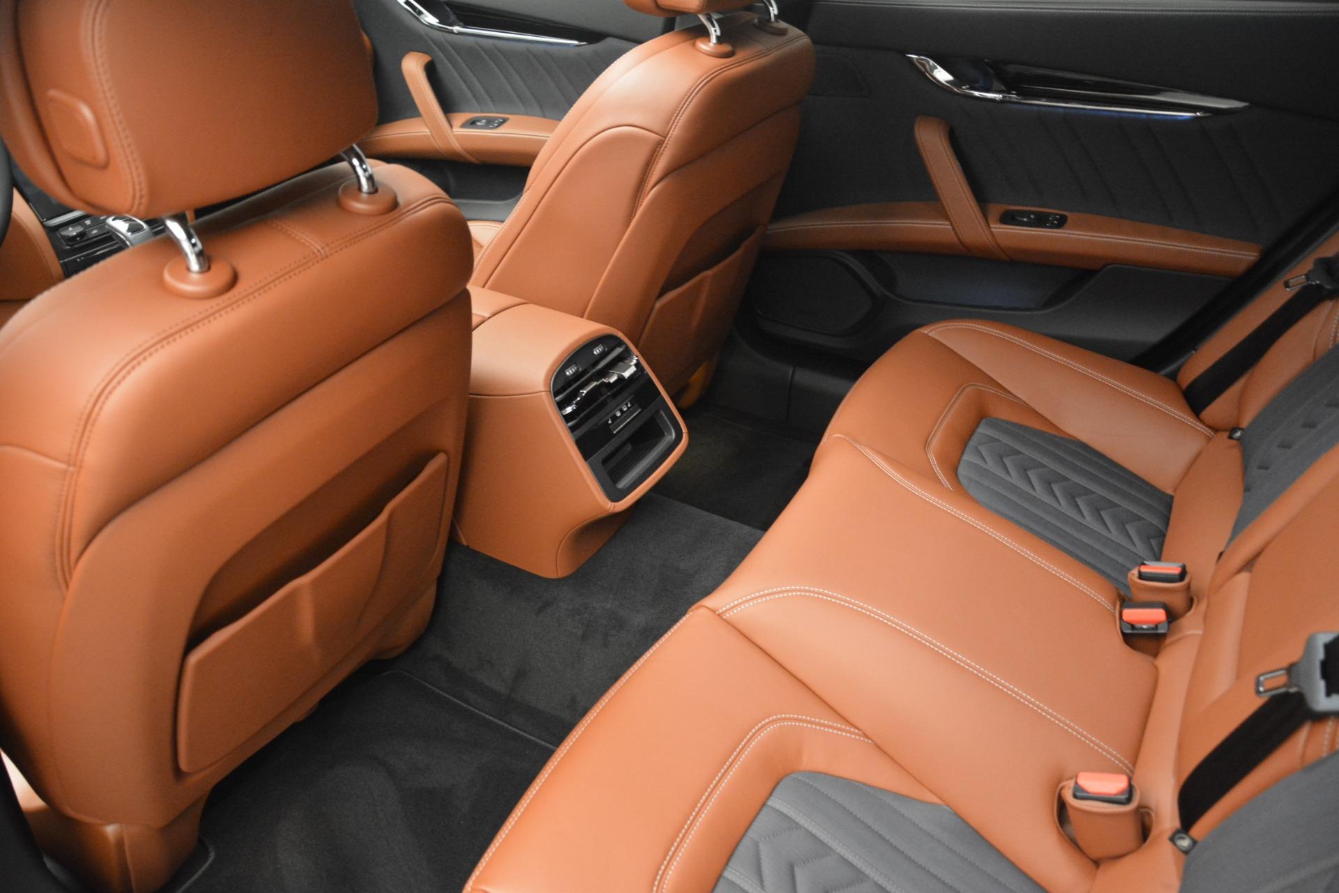 New 2019 Maserati Quattroporte S Q4 GranLusso For Sale $126755 In Greenwich, CT 2620_p17