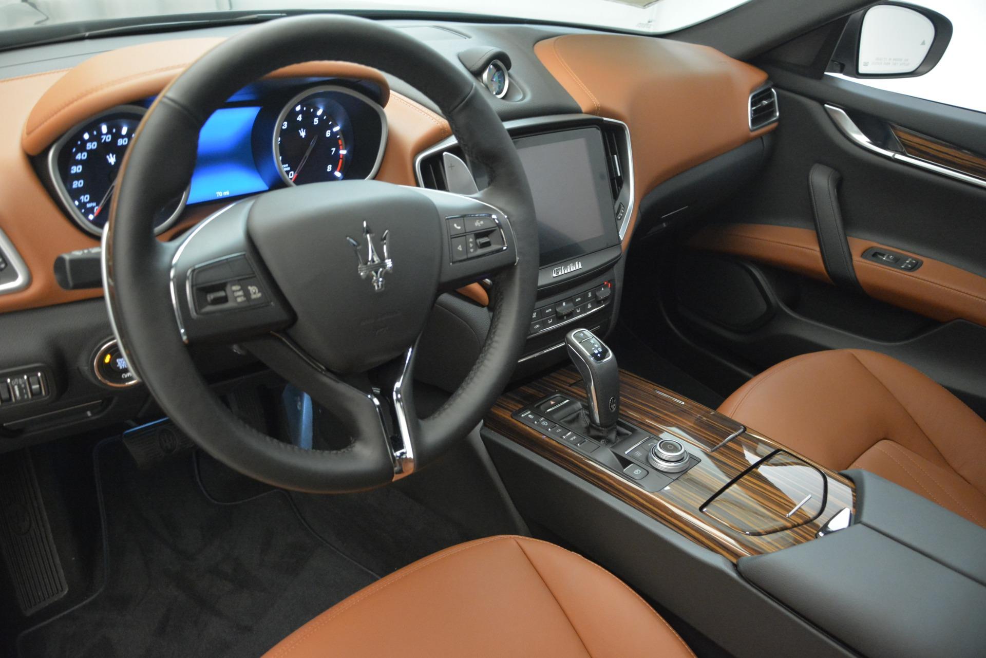 New 2019 Maserati Ghibli S Q4 For Sale In Greenwich, CT. Alfa Romeo of Greenwich, M2202 2623_p12
