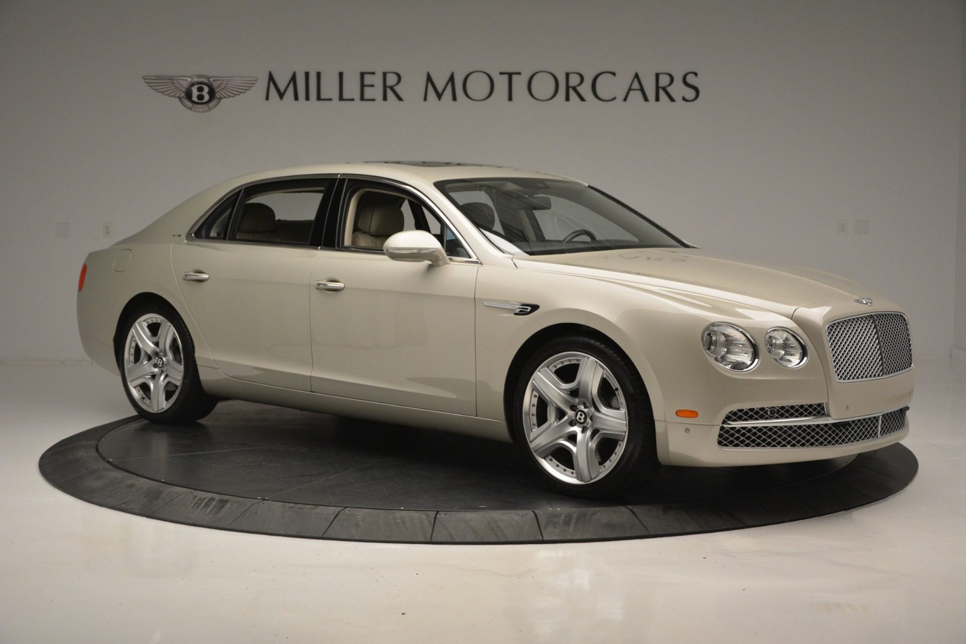 Used 2014 Bentley Flying Spur W12 For Sale In Greenwich, CT. Alfa Romeo of Greenwich, R477A 2624_p10