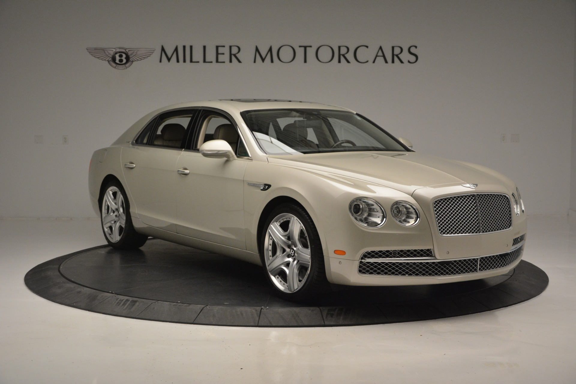 Used 2014 Bentley Flying Spur W12 For Sale In Greenwich, CT. Alfa Romeo of Greenwich, R477A 2624_p11