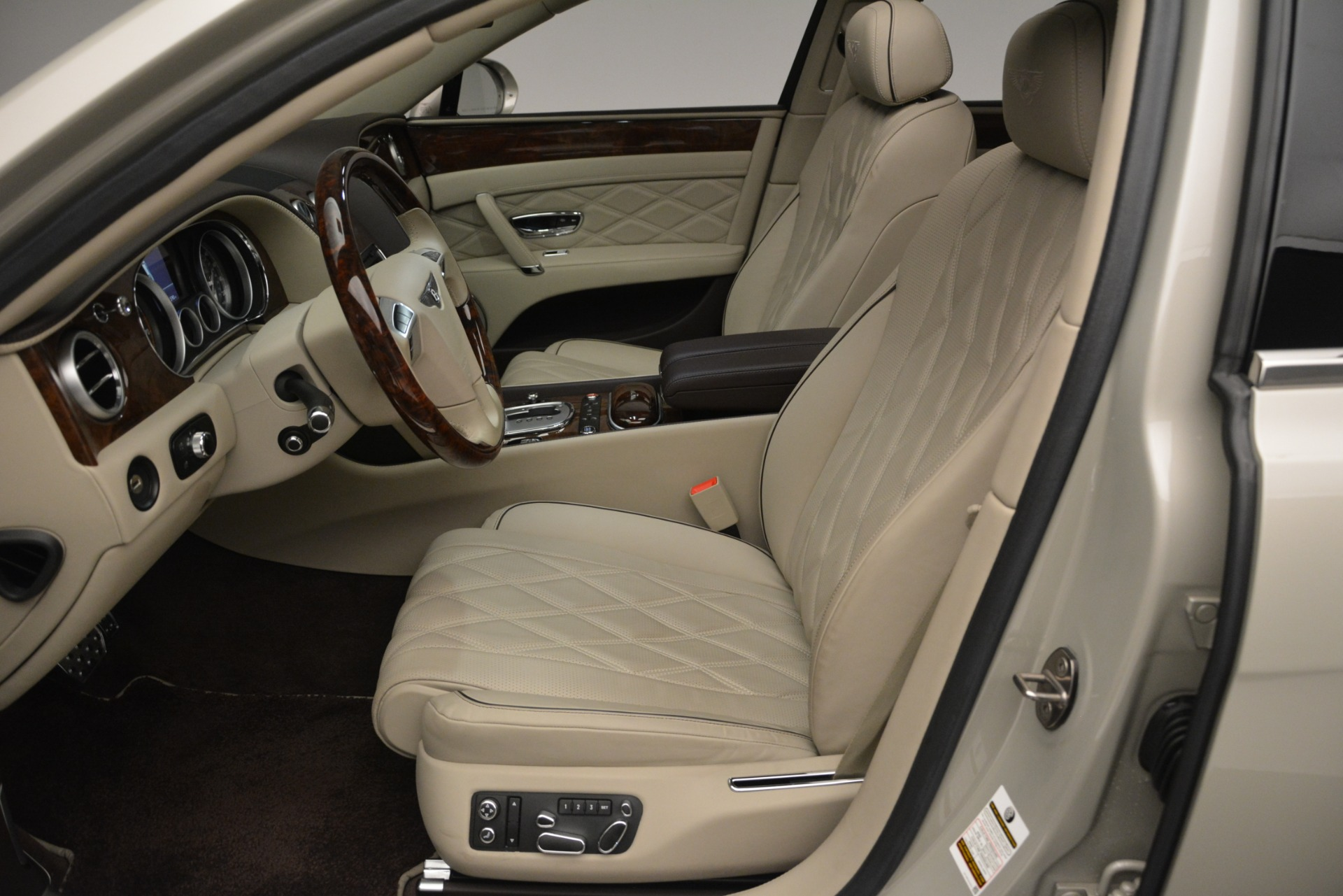 Used 2014 Bentley Flying Spur W12 For Sale In Greenwich, CT. Alfa Romeo of Greenwich, R477A 2624_p18