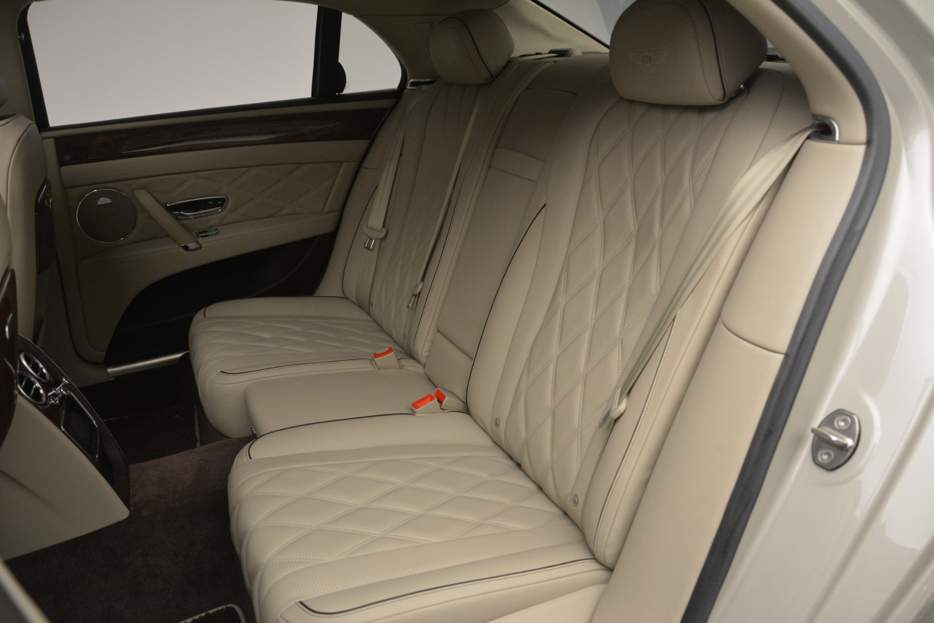 Used 2014 Bentley Flying Spur W12 For Sale In Greenwich, CT. Alfa Romeo of Greenwich, R477A 2624_p25