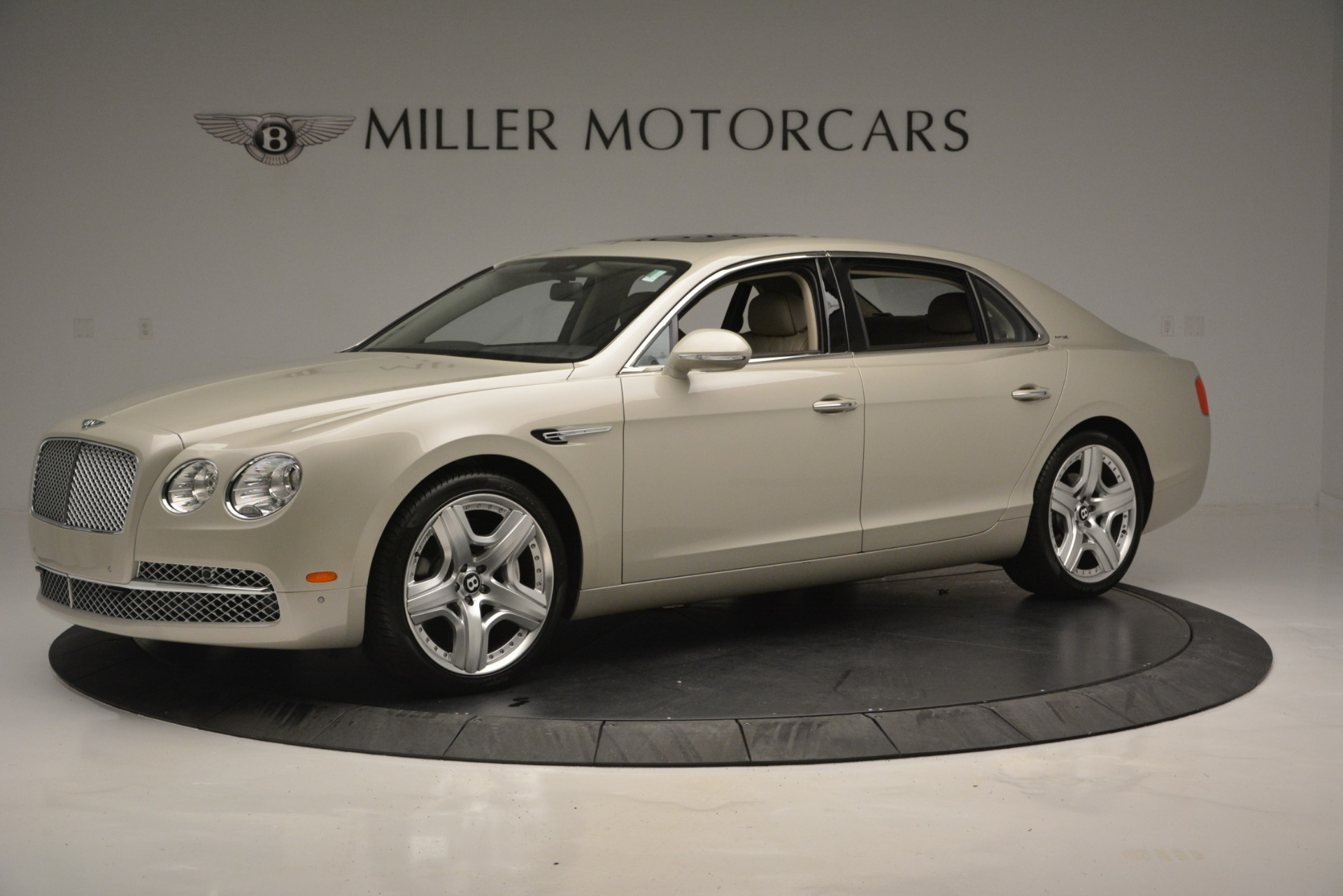 Used 2014 Bentley Flying Spur W12 For Sale In Greenwich, CT. Alfa Romeo of Greenwich, R477A 2624_p2