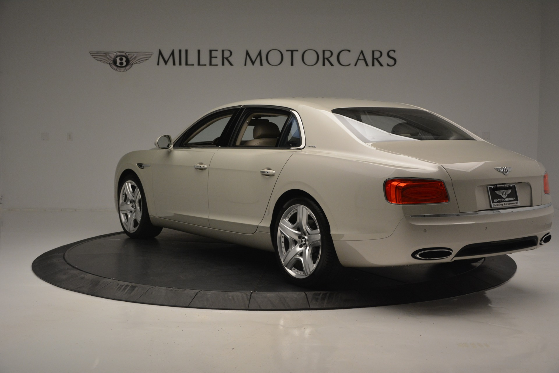 Used 2014 Bentley Flying Spur W12 For Sale In Greenwich, CT. Alfa Romeo of Greenwich, R477A 2624_p5