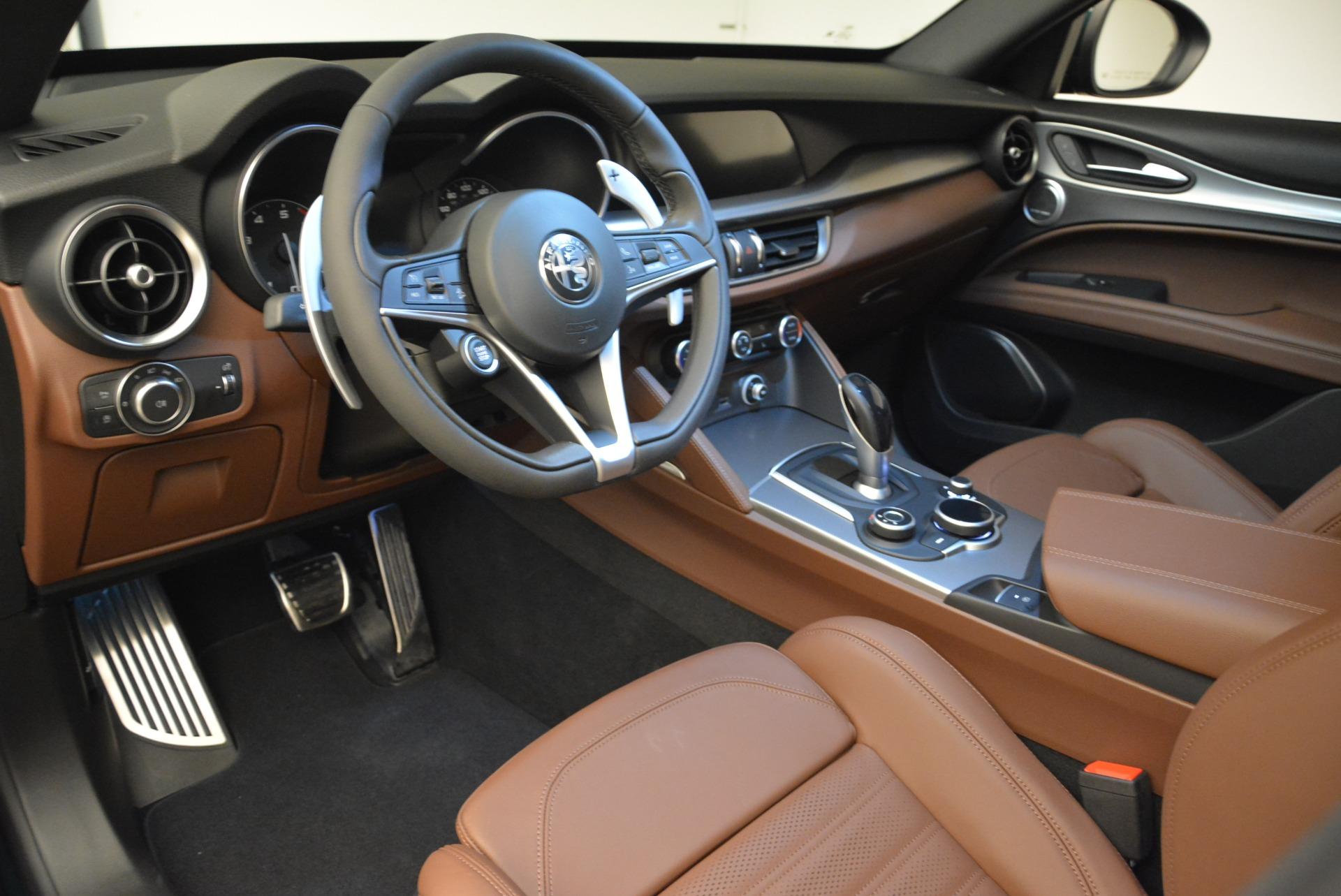 New 2018 Alfa Romeo Stelvio Ti Sport Q4 For Sale In Greenwich, CT. Alfa Romeo of Greenwich, L484 2628_p13
