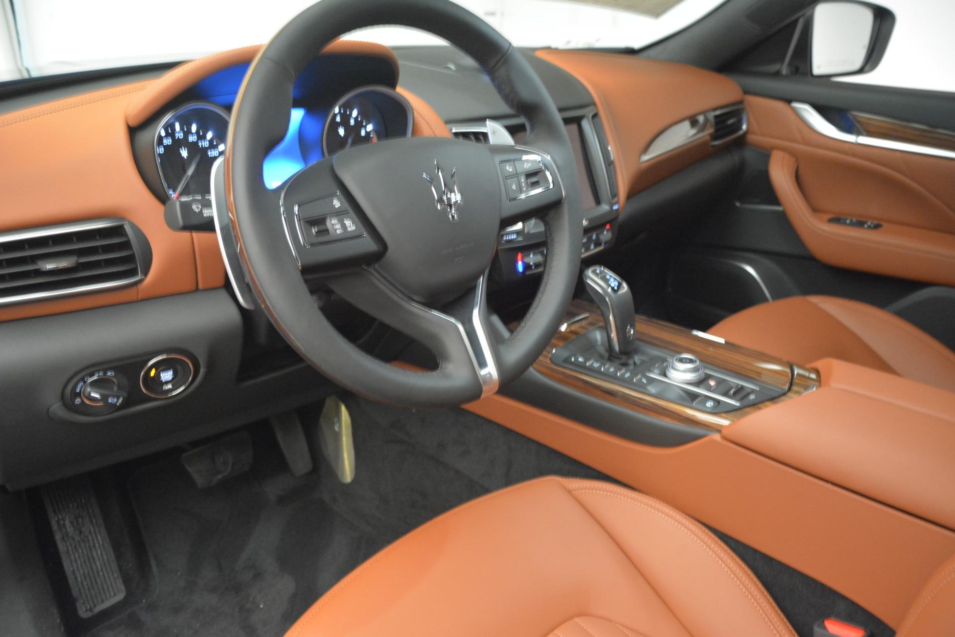 Used 2019 Maserati Levante Q4 GranLusso For Sale In Greenwich, CT. Alfa Romeo of Greenwich, M2208 2636_p13