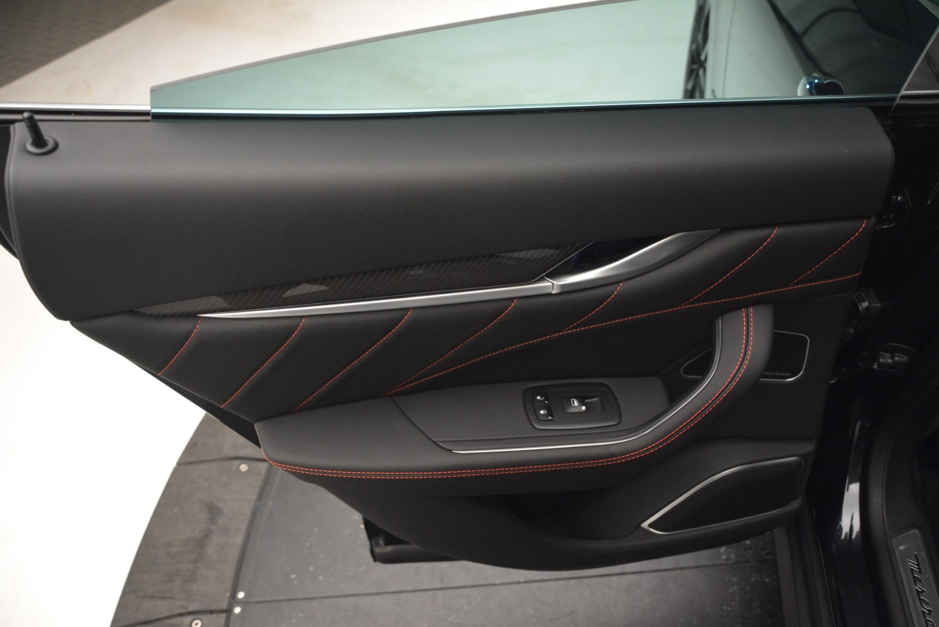 New 2019 Maserati Levante Q4 GranLusso For Sale In Greenwich, CT. Alfa Romeo of Greenwich, M2215 2638_p18