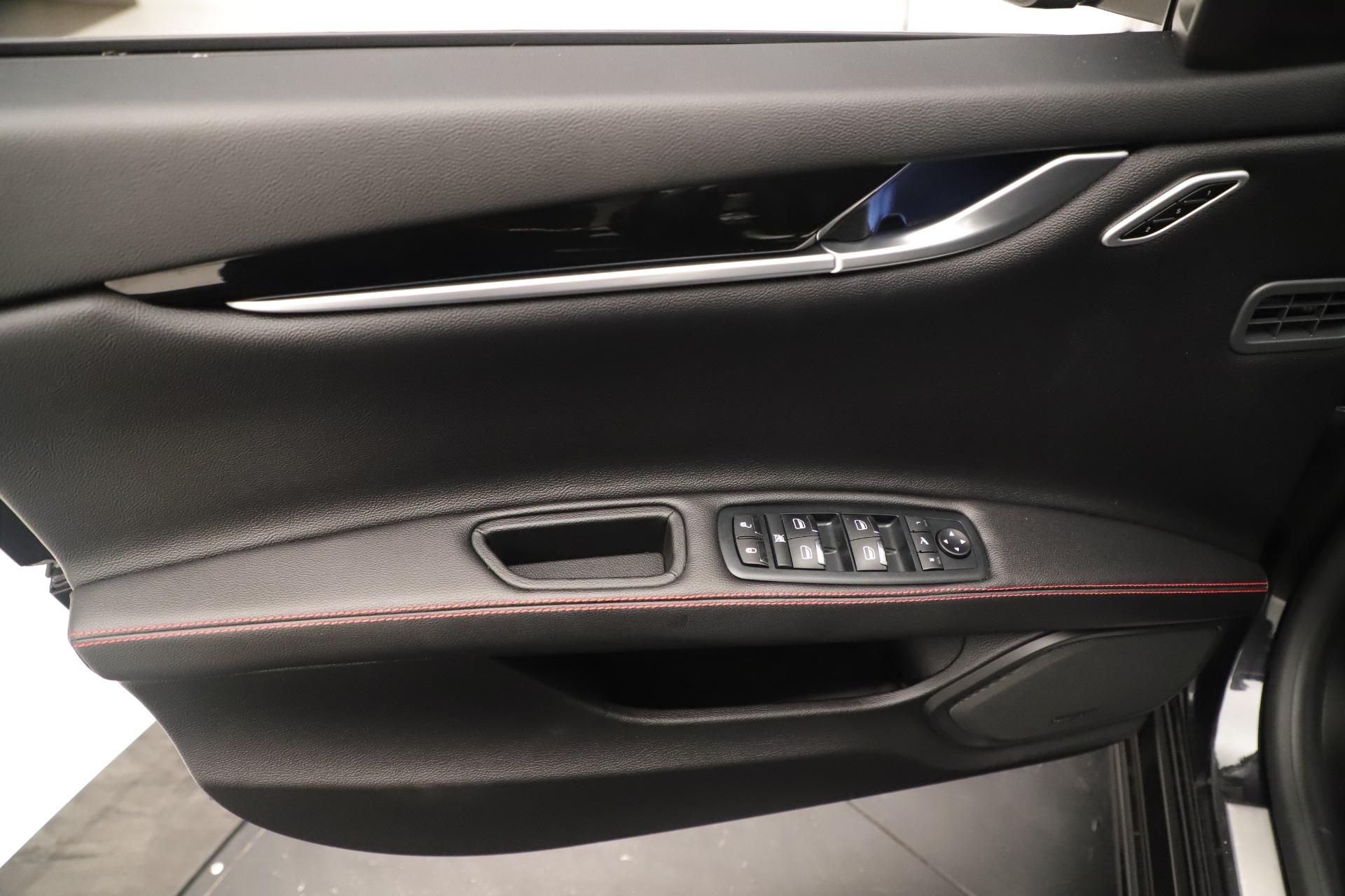 New 2019 Maserati Ghibli S Q4 GranSport For Sale In Greenwich, CT. Alfa Romeo of Greenwich, M2204 2640_p17