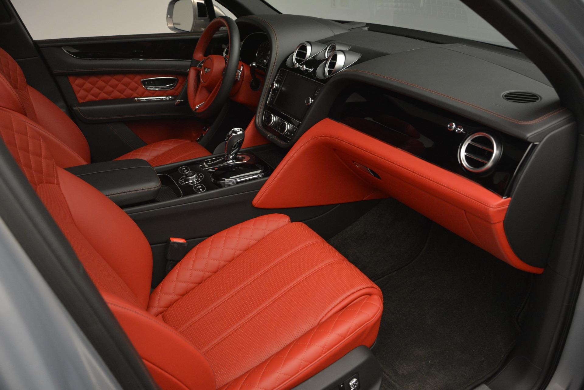 Used 2017 Bentley Bentayga W12 For Sale In Greenwich, CT. Alfa Romeo of Greenwich, 7438 2641_p26