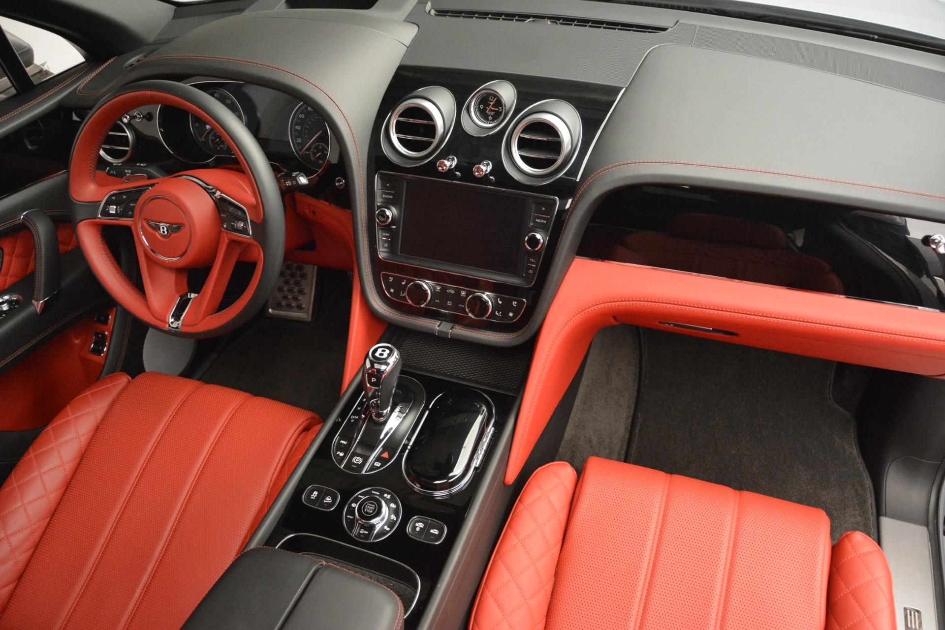 Used 2017 Bentley Bentayga W12 For Sale In Greenwich, CT. Alfa Romeo of Greenwich, 7438 2641_p31