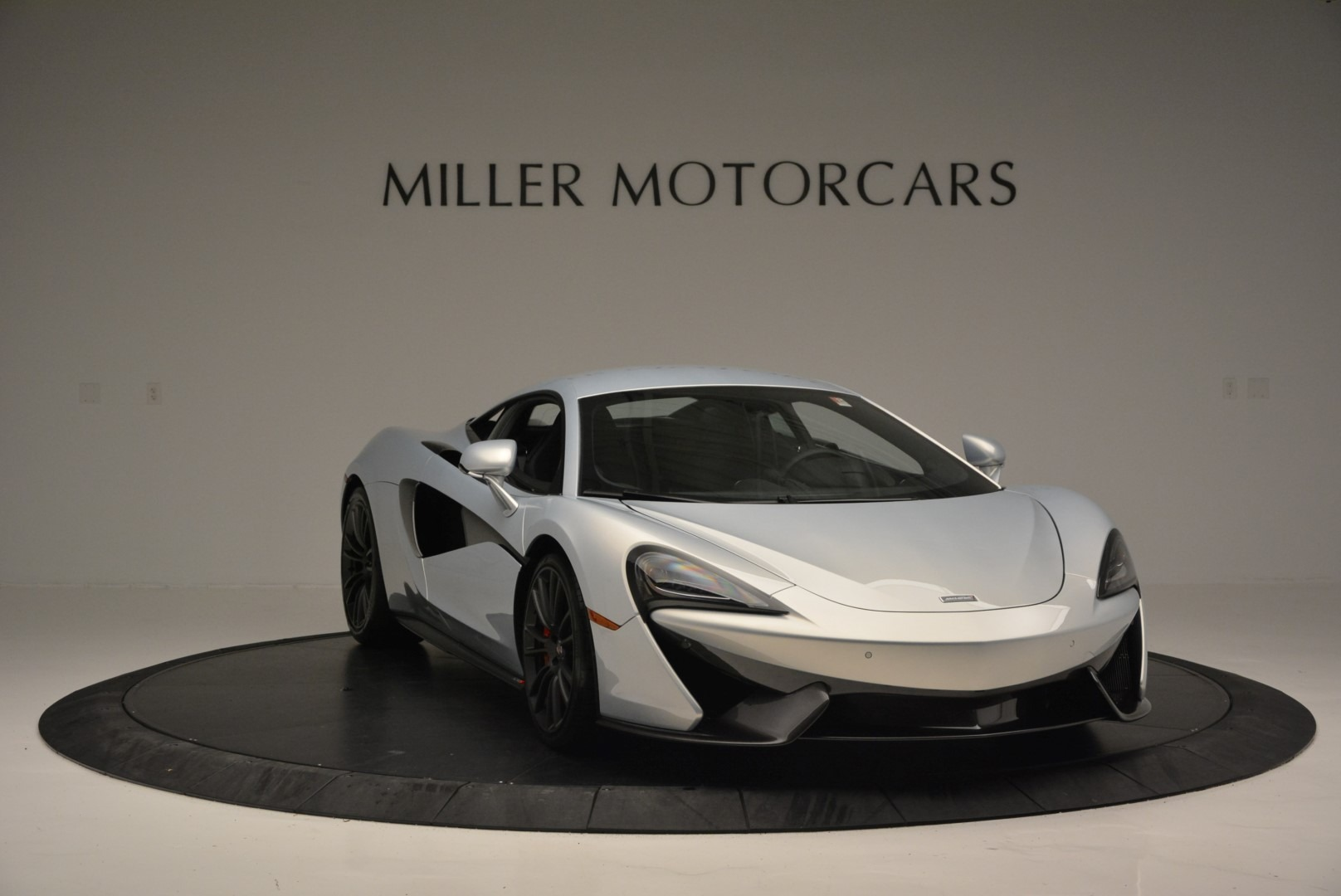 Used 2017 McLaren 570S Coupe For Sale In Greenwich, CT. Alfa Romeo of Greenwich, 3147 2642_p11