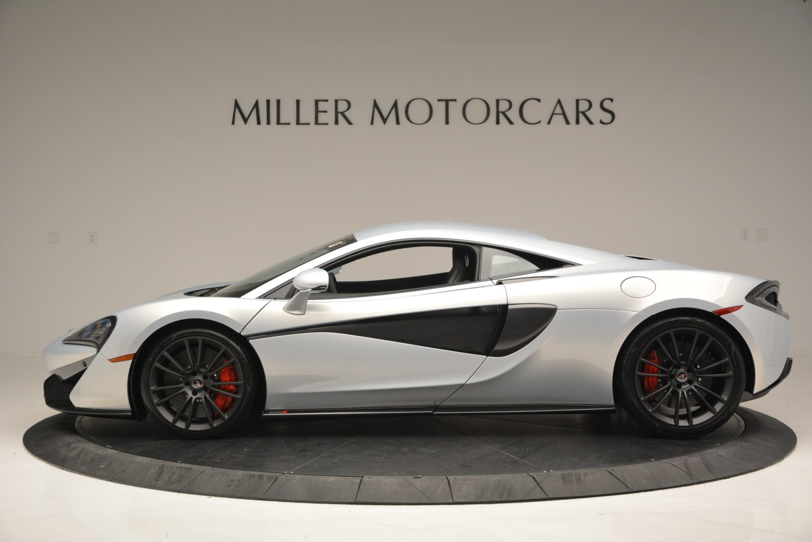 Used 2017 McLaren 570S Coupe For Sale In Greenwich, CT. Alfa Romeo of Greenwich, 3147 2642_p3