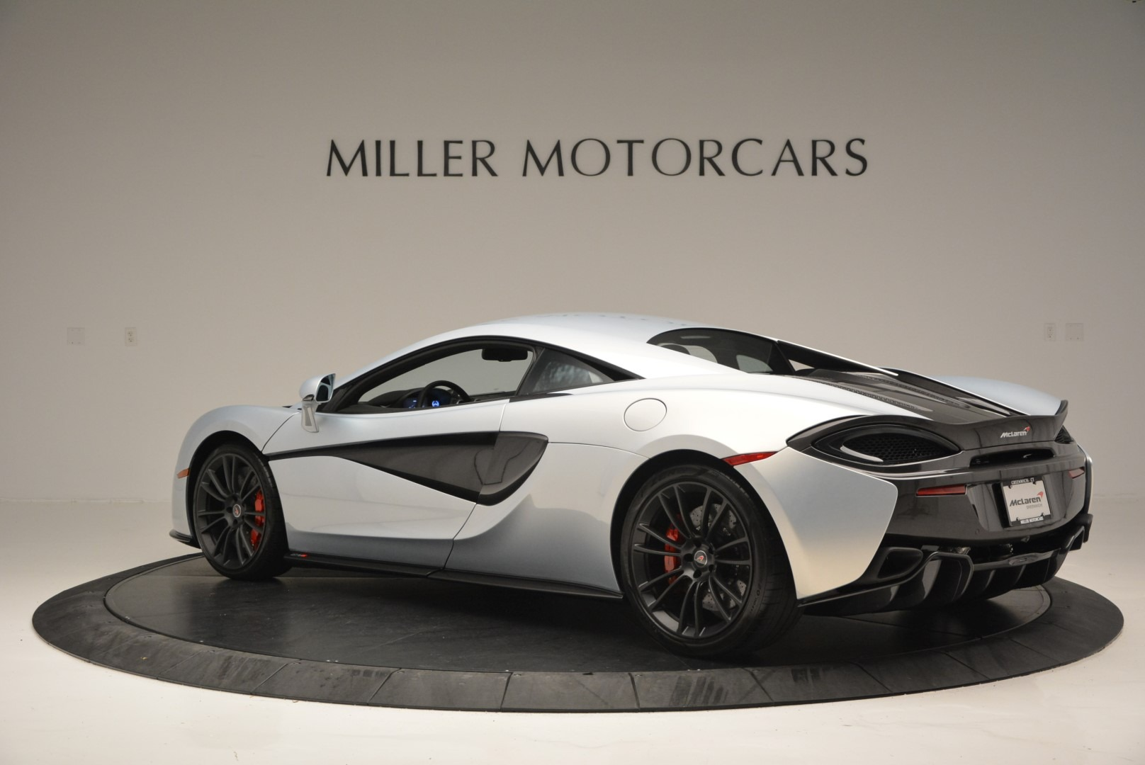 Used 2017 McLaren 570S Coupe For Sale In Greenwich, CT. Alfa Romeo of Greenwich, 3147 2642_p4