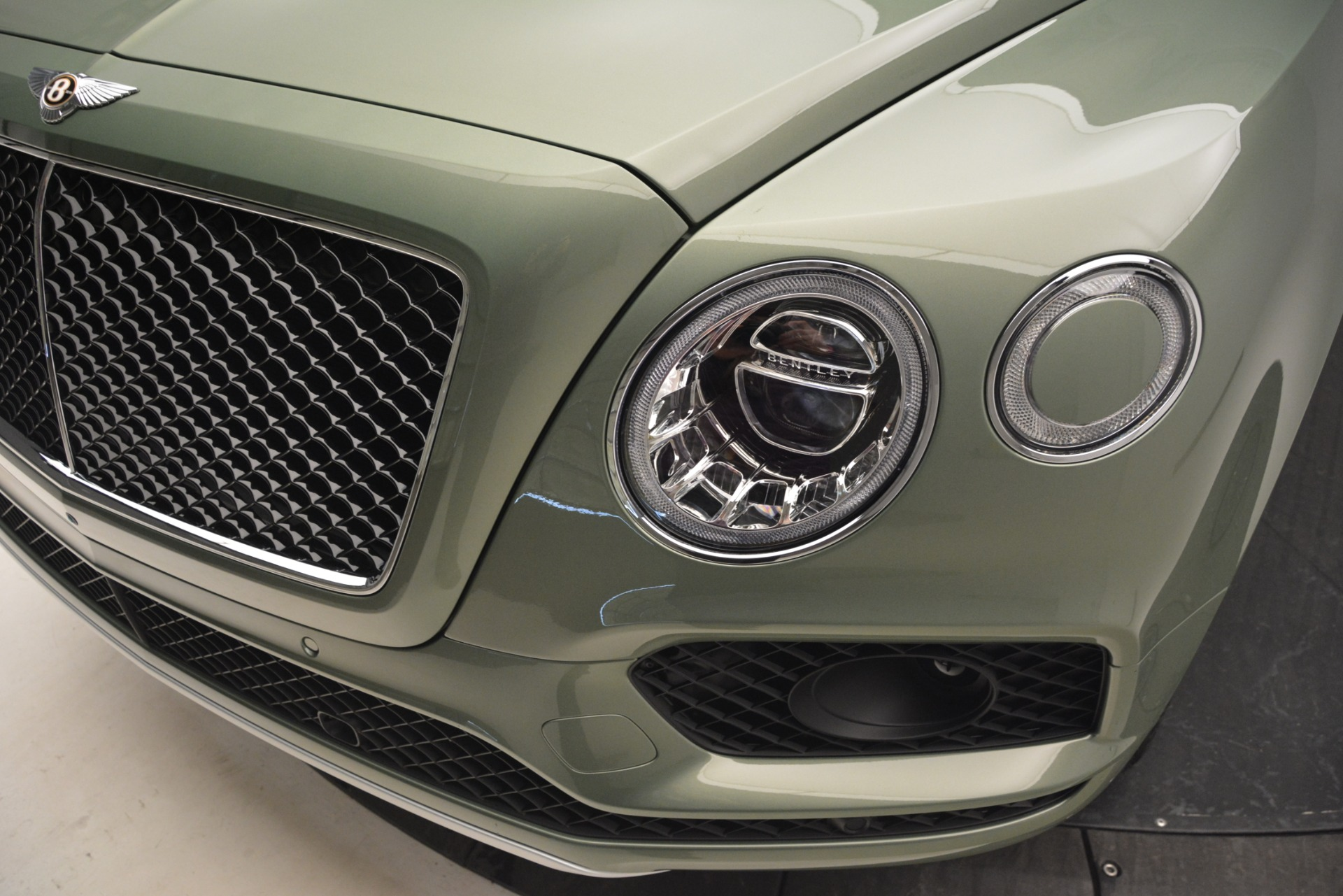 New 2019 Bentley Bentayga V8 For Sale In Greenwich, CT. Alfa Romeo of Greenwich, B1395 2644_p14