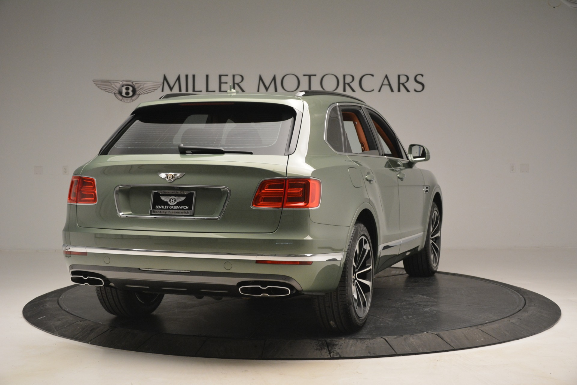 New 2019 Bentley Bentayga V8 For Sale In Greenwich, CT. Alfa Romeo of Greenwich, B1395 2644_p7