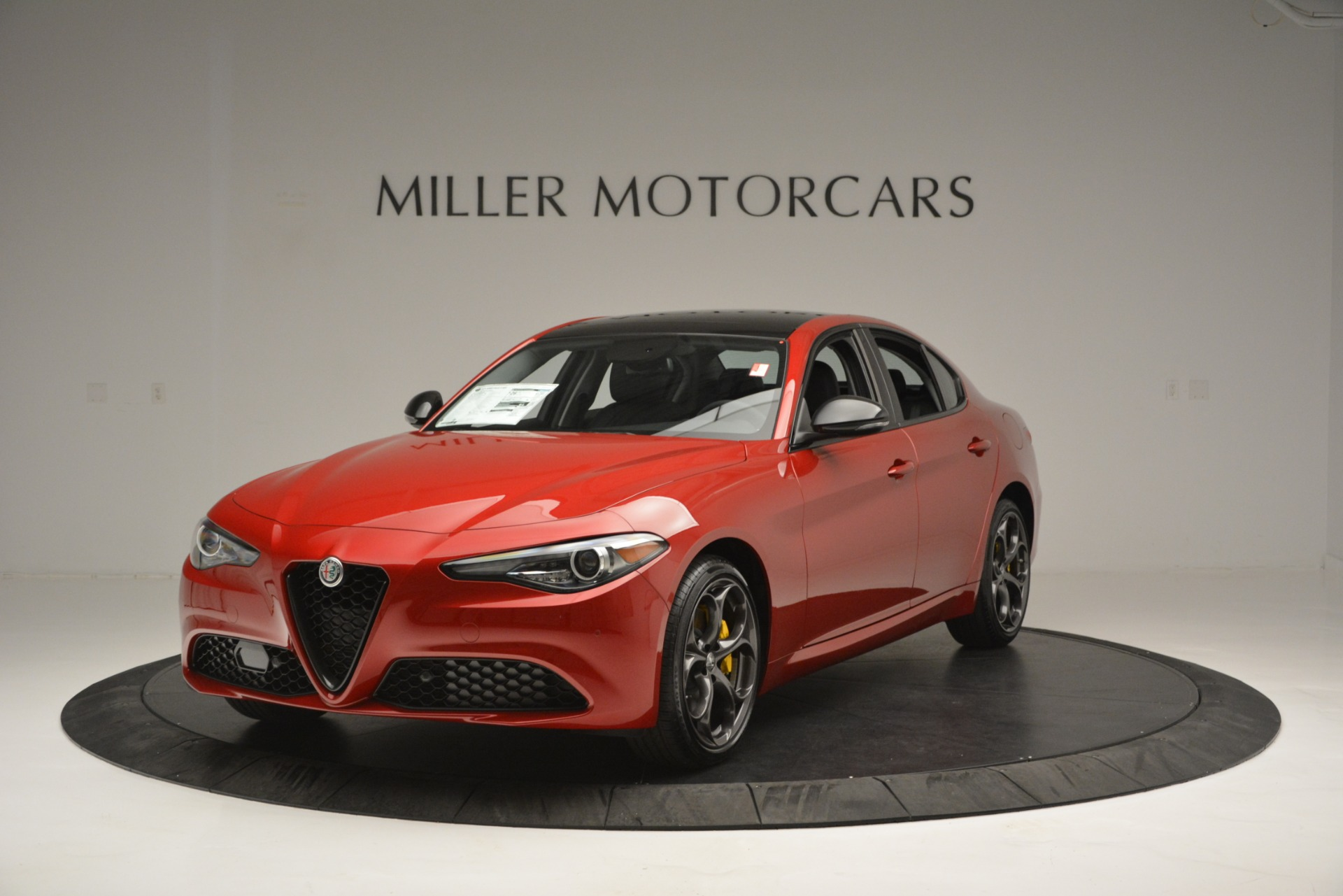 New 2018 Alfa Romeo Giulia Ti Q4 For Sale In Greenwich, CT. Alfa Romeo of Greenwich, L488 2649_main