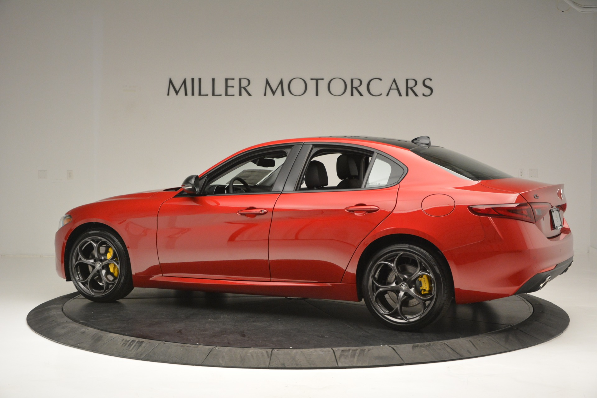 New 2018 Alfa Romeo Giulia Ti Q4 For Sale In Greenwich, CT. Alfa Romeo of Greenwich, L488 2649_p4