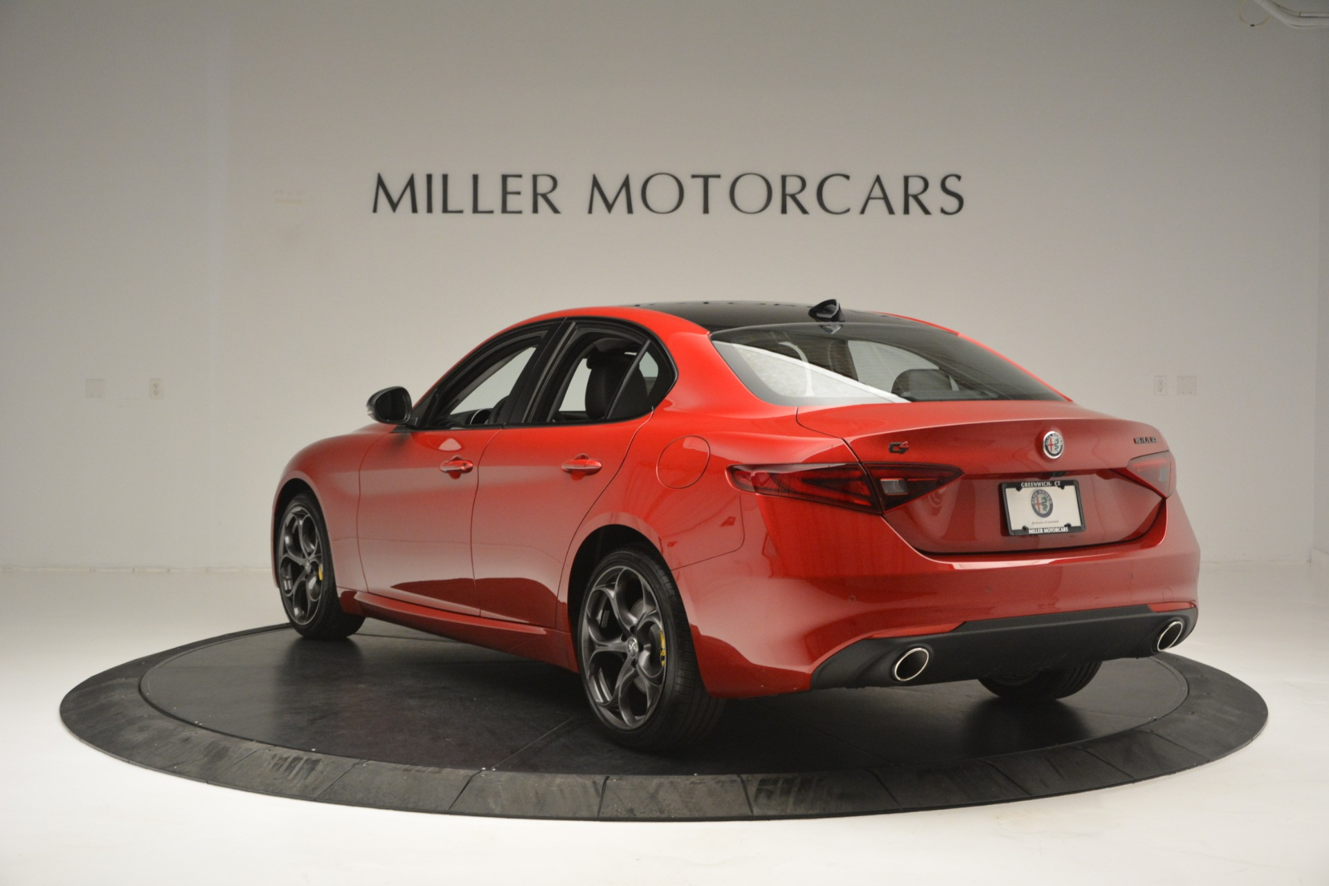 New 2018 Alfa Romeo Giulia Ti Q4 For Sale In Greenwich, CT. Alfa Romeo of Greenwich, L488 2649_p5