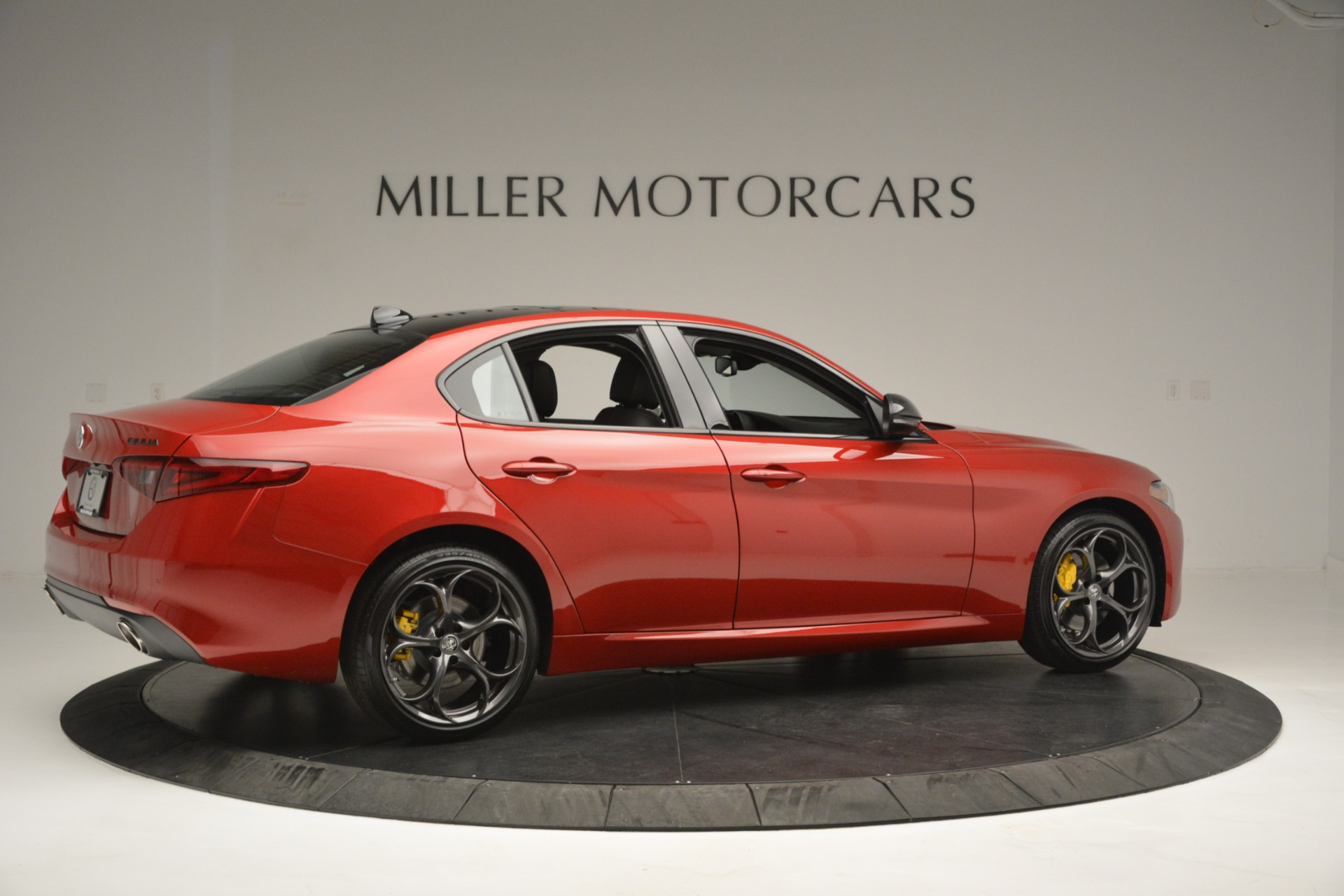 New 2018 Alfa Romeo Giulia Ti Q4 For Sale In Greenwich, CT. Alfa Romeo of Greenwich, L488 2649_p8