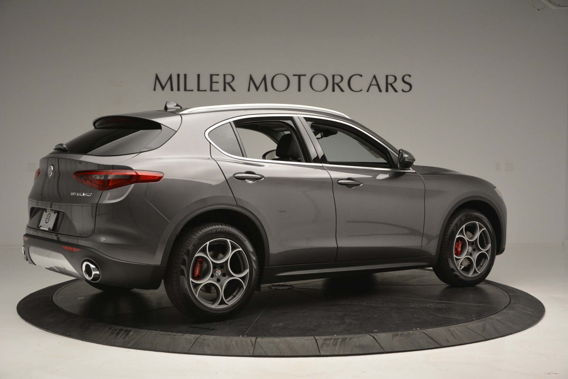New 2019 Alfa Romeo Stelvio Q4 For Sale In Greenwich, CT. Alfa Romeo of Greenwich, L493 2653_p10