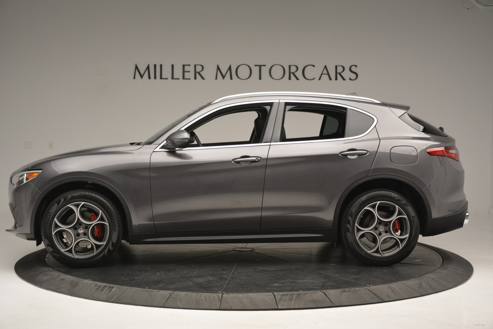 New 2019 Alfa Romeo Stelvio Q4 For Sale In Greenwich, CT. Alfa Romeo of Greenwich, L493 2653_p4