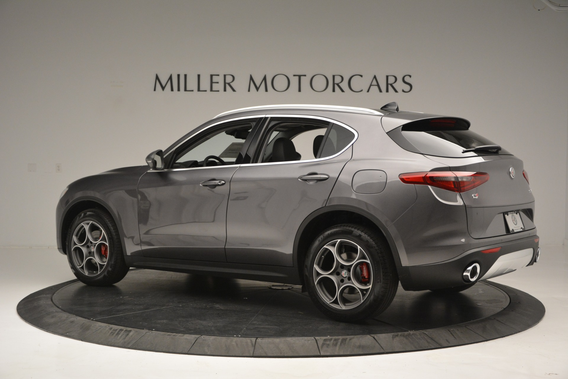 New 2019 Alfa Romeo Stelvio Q4 For Sale In Greenwich, CT. Alfa Romeo of Greenwich, L493 2653_p5