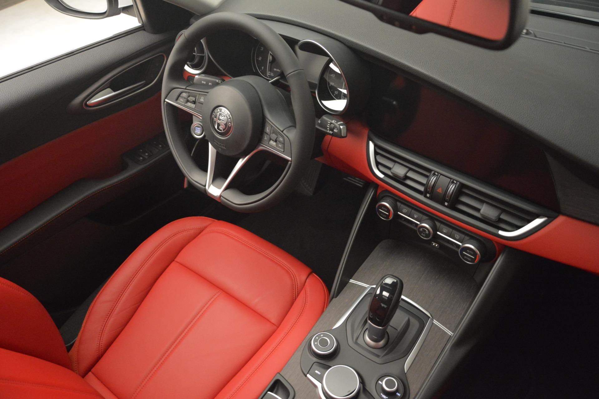 New 2019 Alfa Romeo Giulia Ti Q4 For Sale In Greenwich, CT. Alfa Romeo of Greenwich, LW255 2667_p16