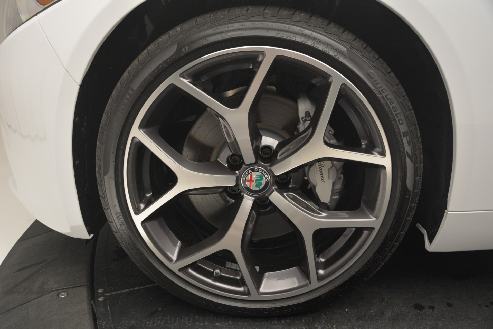 New 2019 Alfa Romeo Giulia Ti Q4 For Sale In Greenwich, CT. Alfa Romeo of Greenwich, LW255 2667_p31