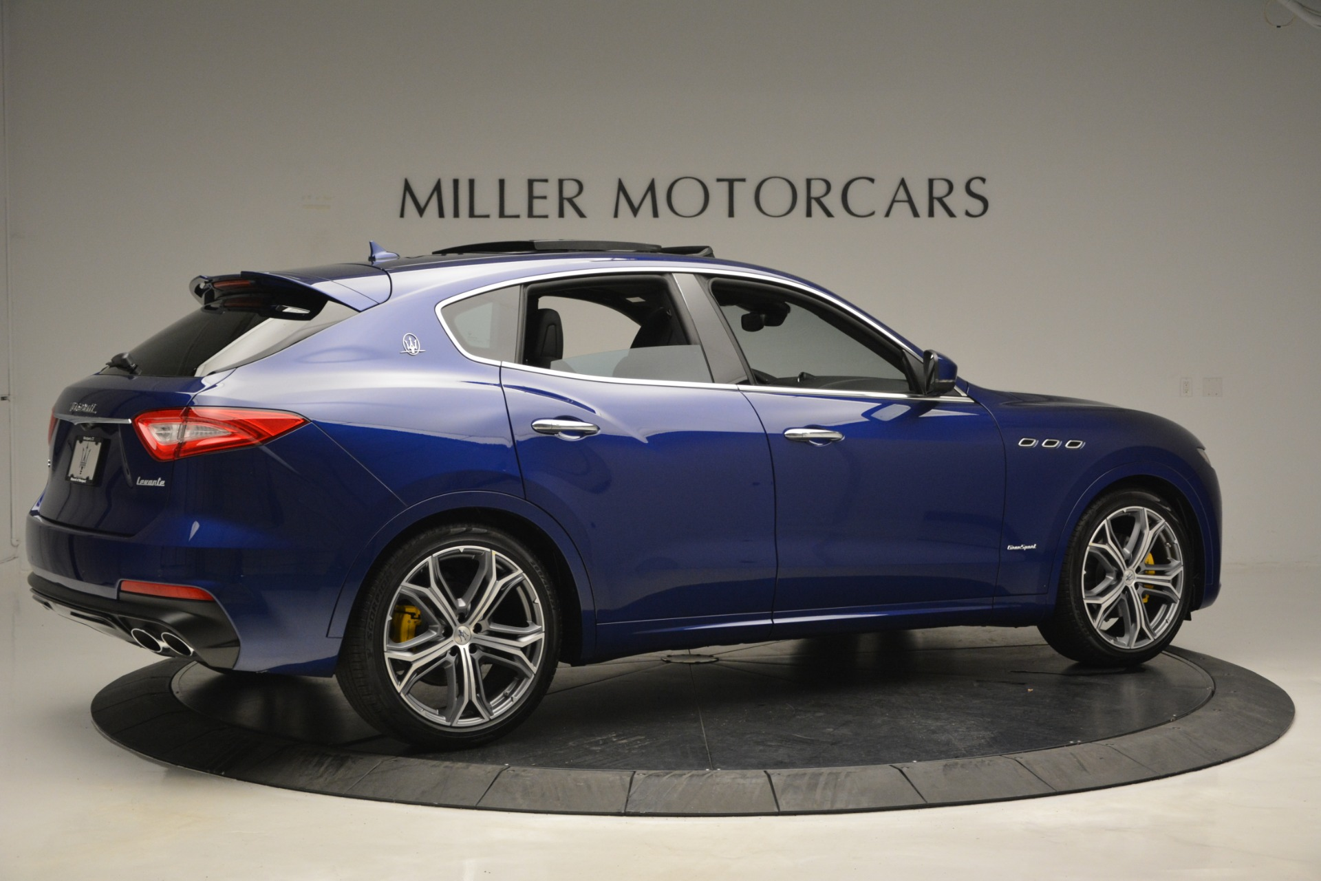 New 2019 Maserati Levante Q4 GranSport For Sale In Greenwich, CT. Alfa Romeo of Greenwich, M2230 2670_p12