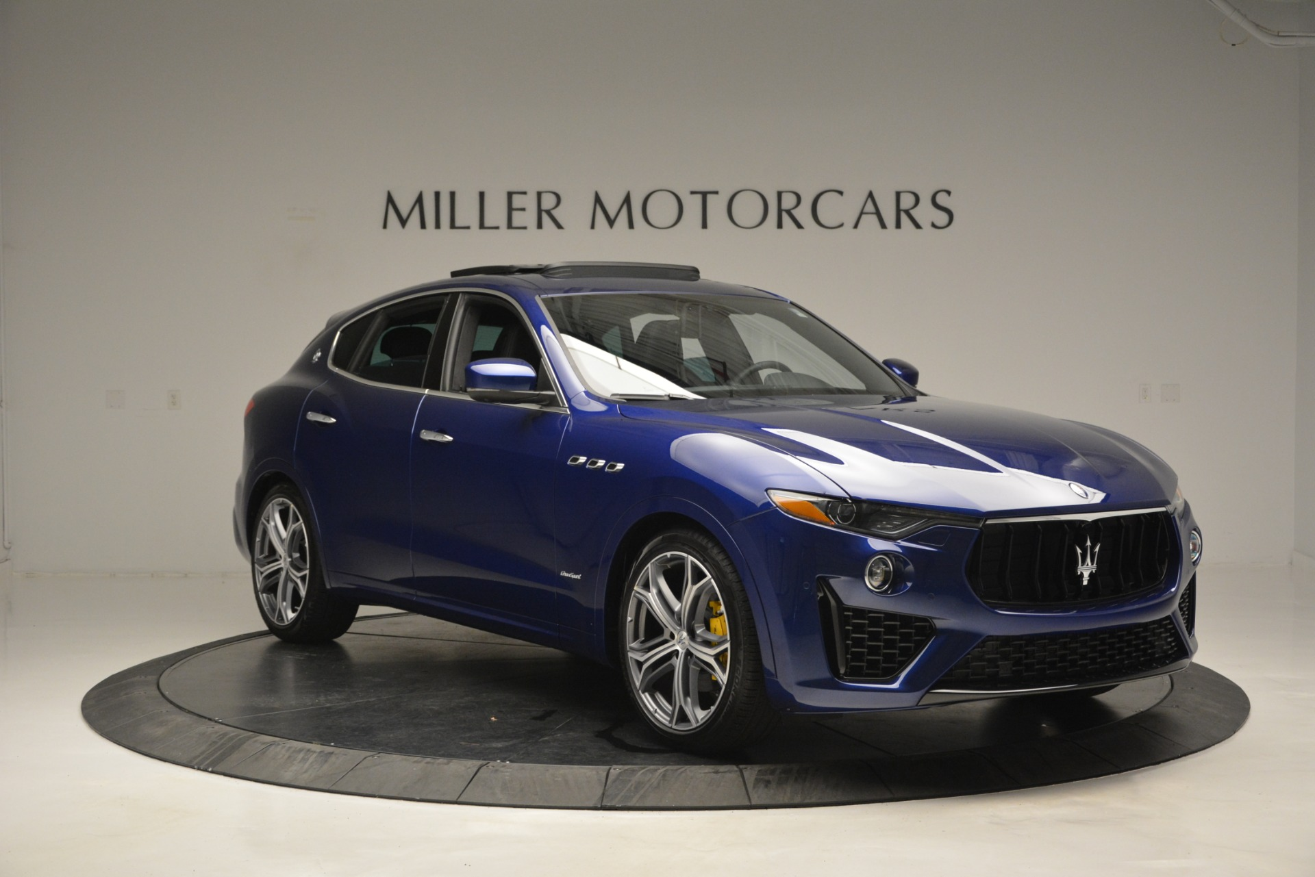 New 2019 Maserati Levante Q4 GranSport For Sale In Greenwich, CT. Alfa Romeo of Greenwich, M2230 2670_p16
