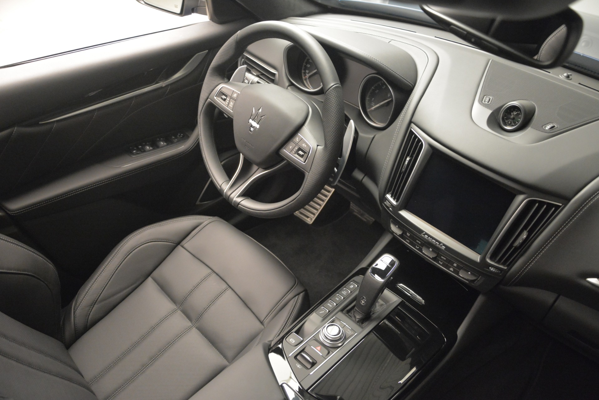 New 2019 Maserati Levante Q4 GranSport For Sale In Greenwich, CT. Alfa Romeo of Greenwich, M2230 2670_p25