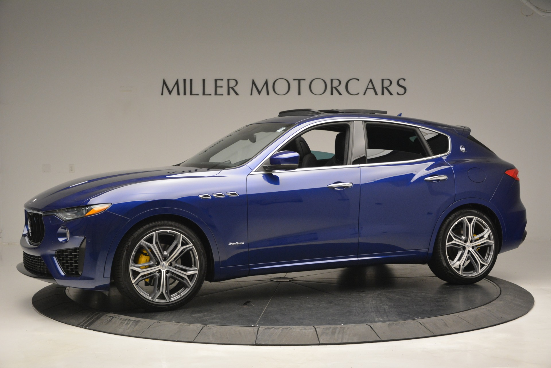 New 2019 Maserati Levante Q4 GranSport For Sale In Greenwich, CT. Alfa Romeo of Greenwich, M2230 2670_p3