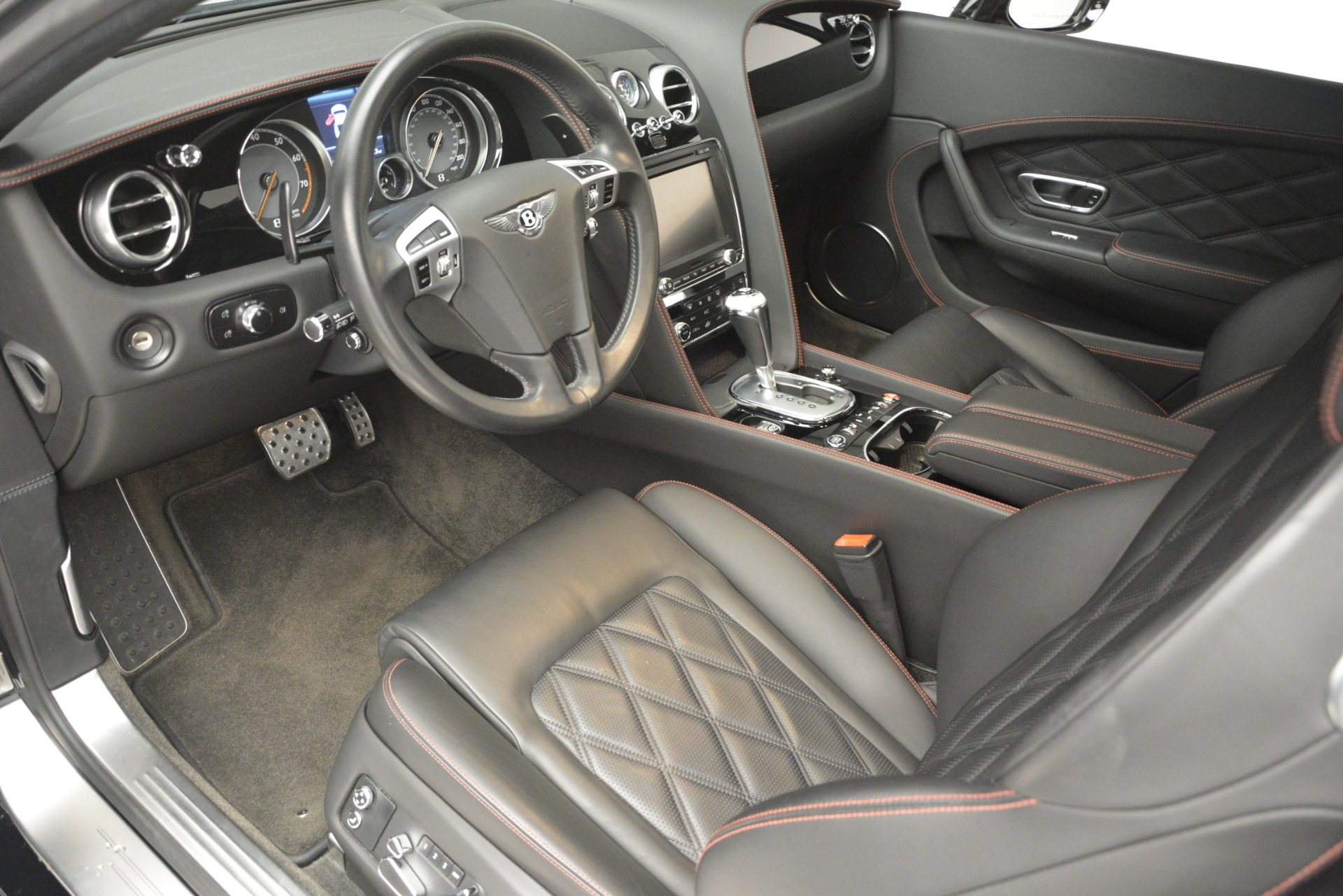 Used 2012 Bentley Continental GT W12 For Sale In Greenwich, CT. Alfa Romeo of Greenwich, 7439 2671_p18