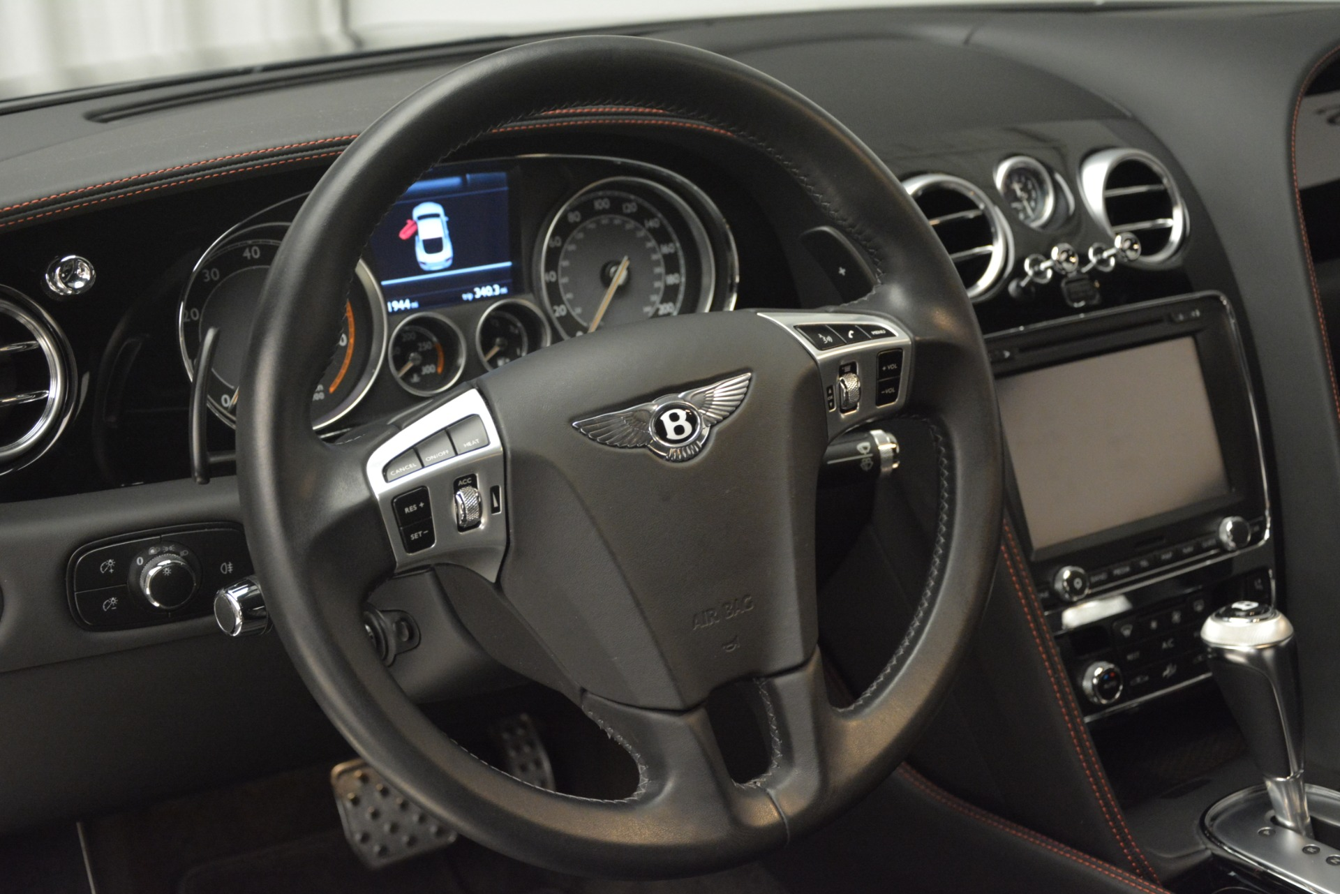 Used 2012 Bentley Continental GT W12 For Sale In Greenwich, CT. Alfa Romeo of Greenwich, 7439 2671_p22