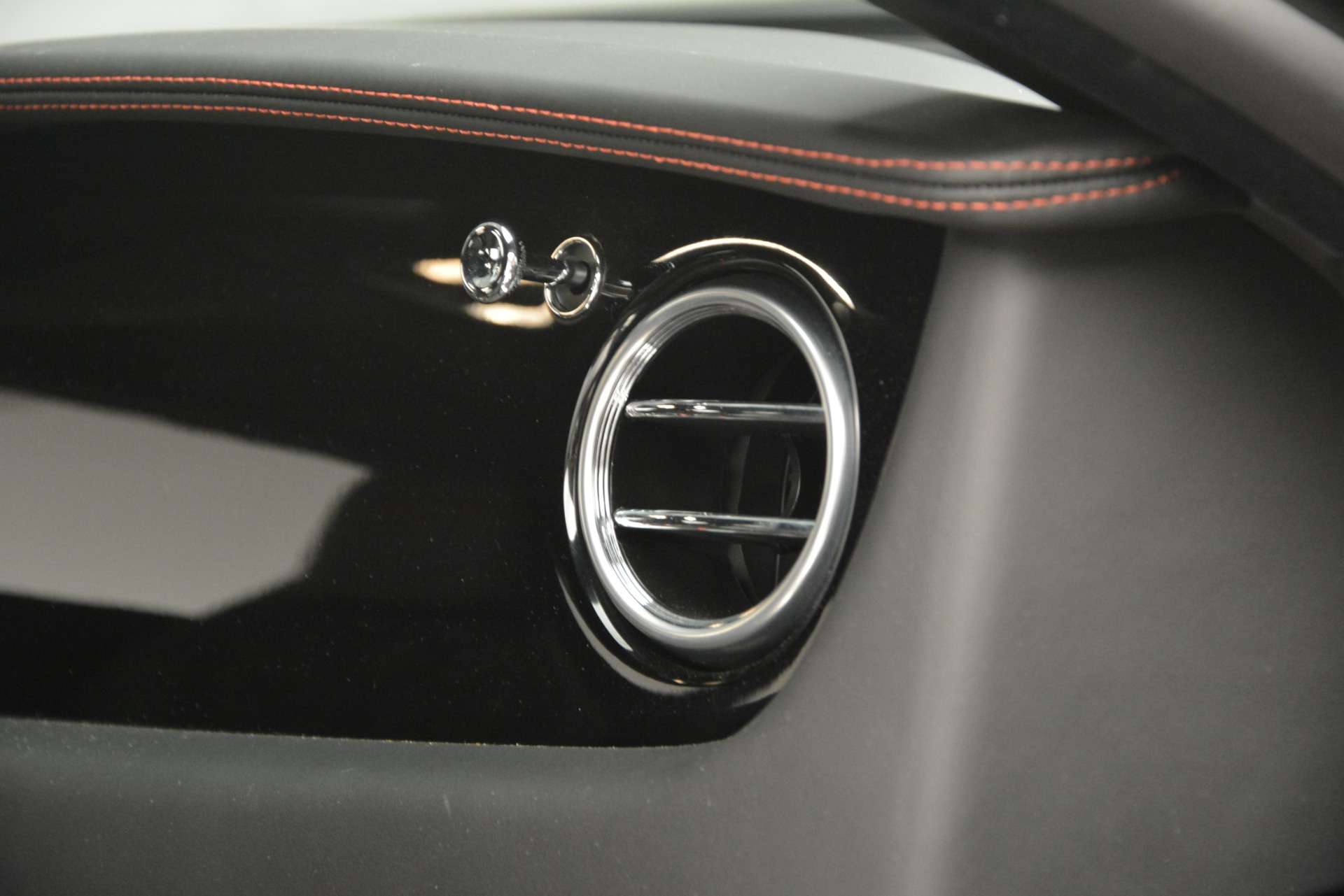 Used 2012 Bentley Continental GT W12 For Sale In Greenwich, CT. Alfa Romeo of Greenwich, 7439 2671_p24