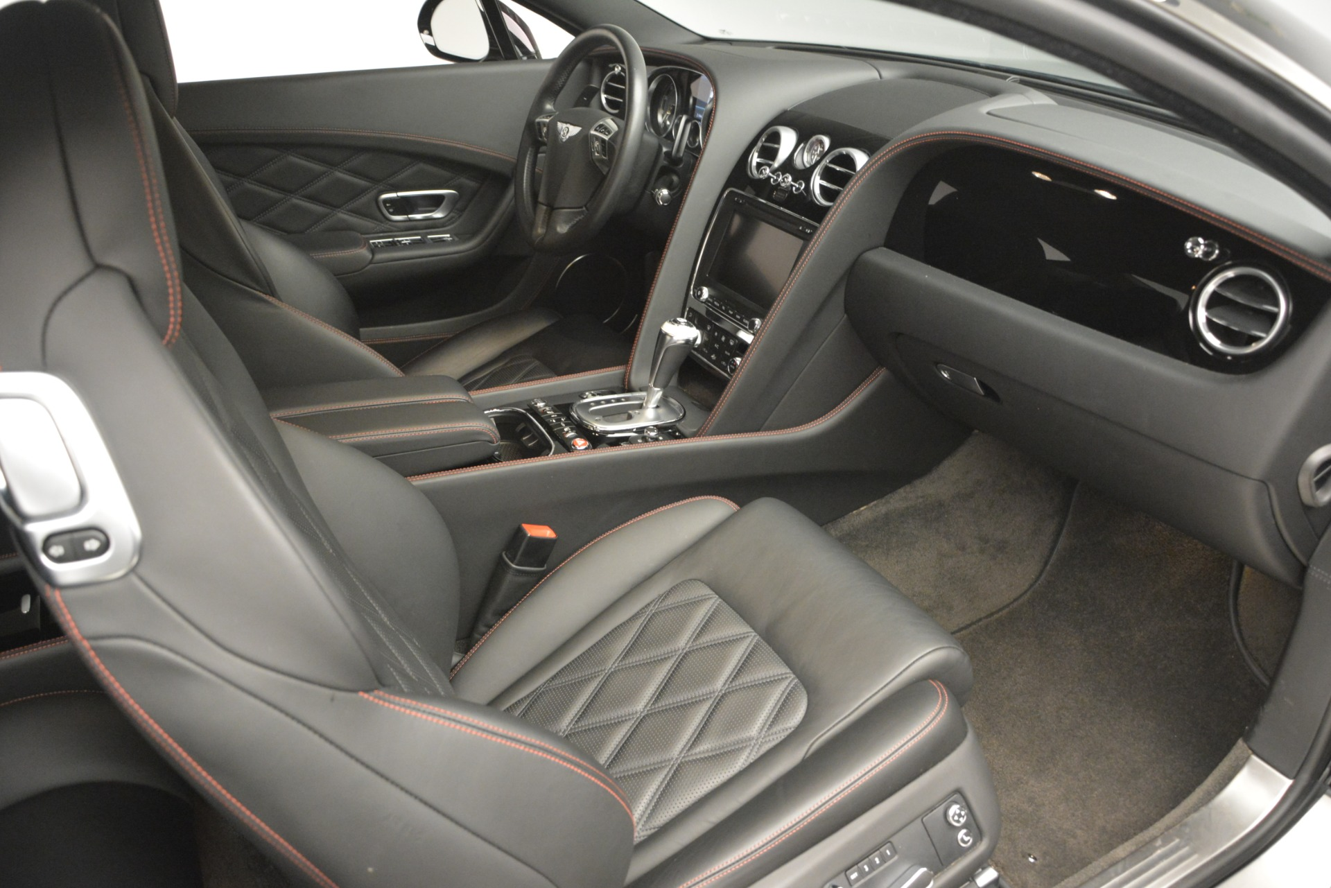 Used 2012 Bentley Continental GT W12 For Sale In Greenwich, CT. Alfa Romeo of Greenwich, 7439 2671_p28