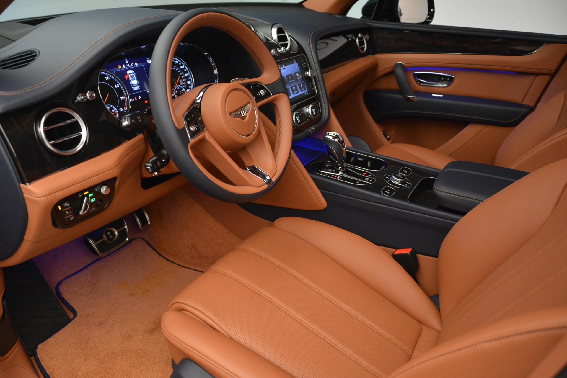 New 2019 Bentley Bentayga V8 For Sale In Greenwich, CT. Alfa Romeo of Greenwich, B1388 2672_p17