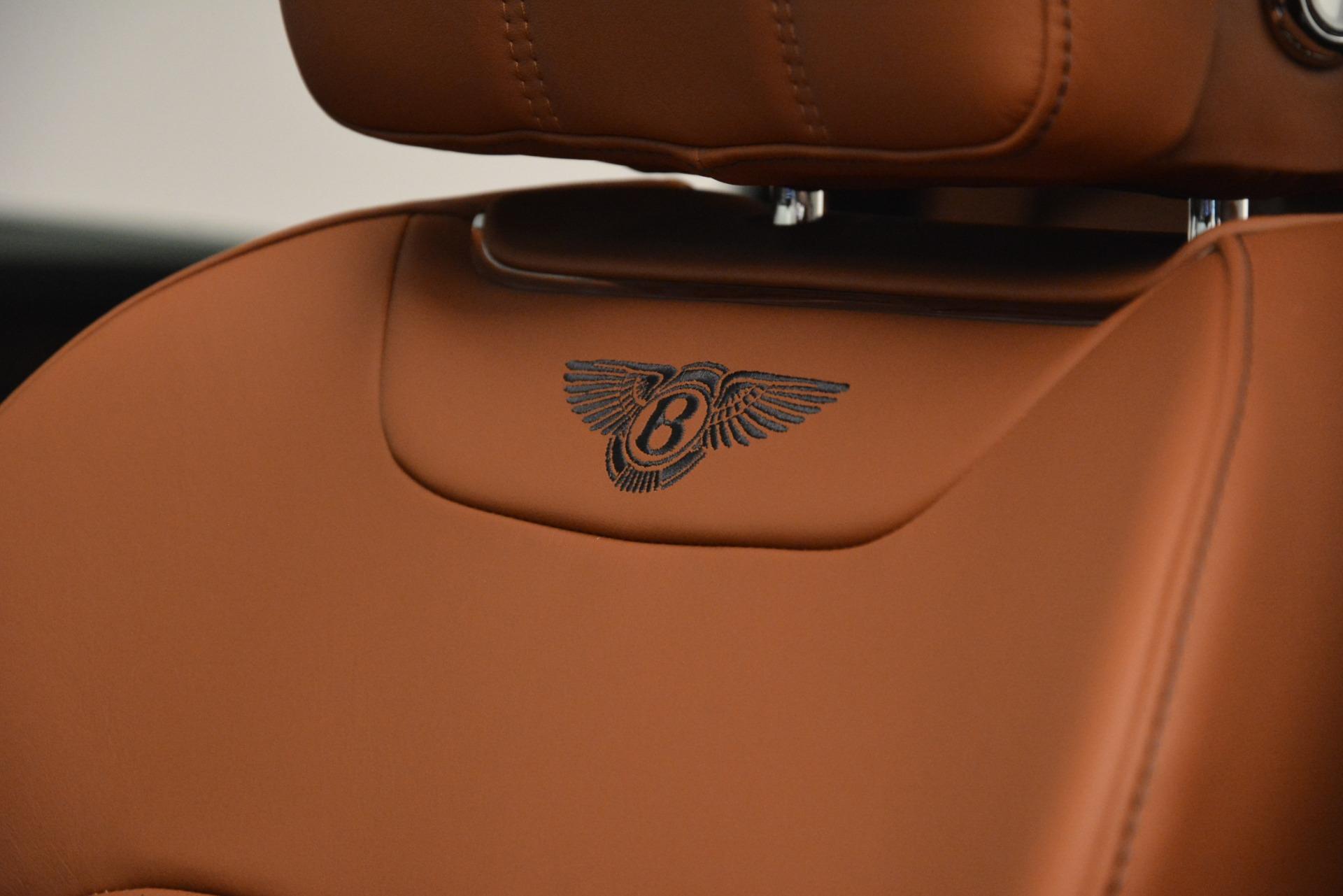 New 2019 Bentley Bentayga V8 For Sale In Greenwich, CT. Alfa Romeo of Greenwich, B1388 2672_p20