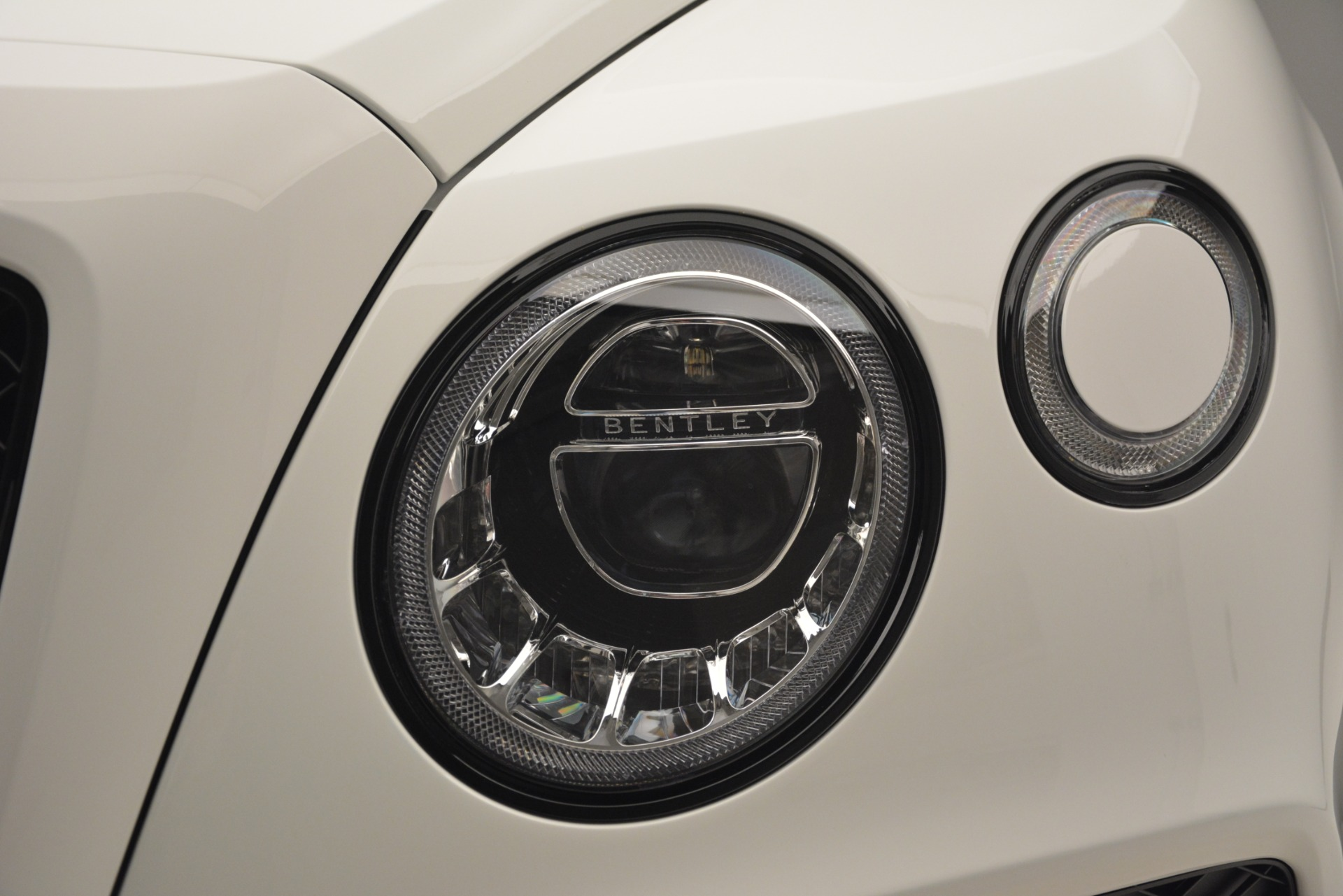 New 2019 Bentley Bentayga V8 For Sale In Greenwich, CT. Alfa Romeo of Greenwich, B1396 2673_p14