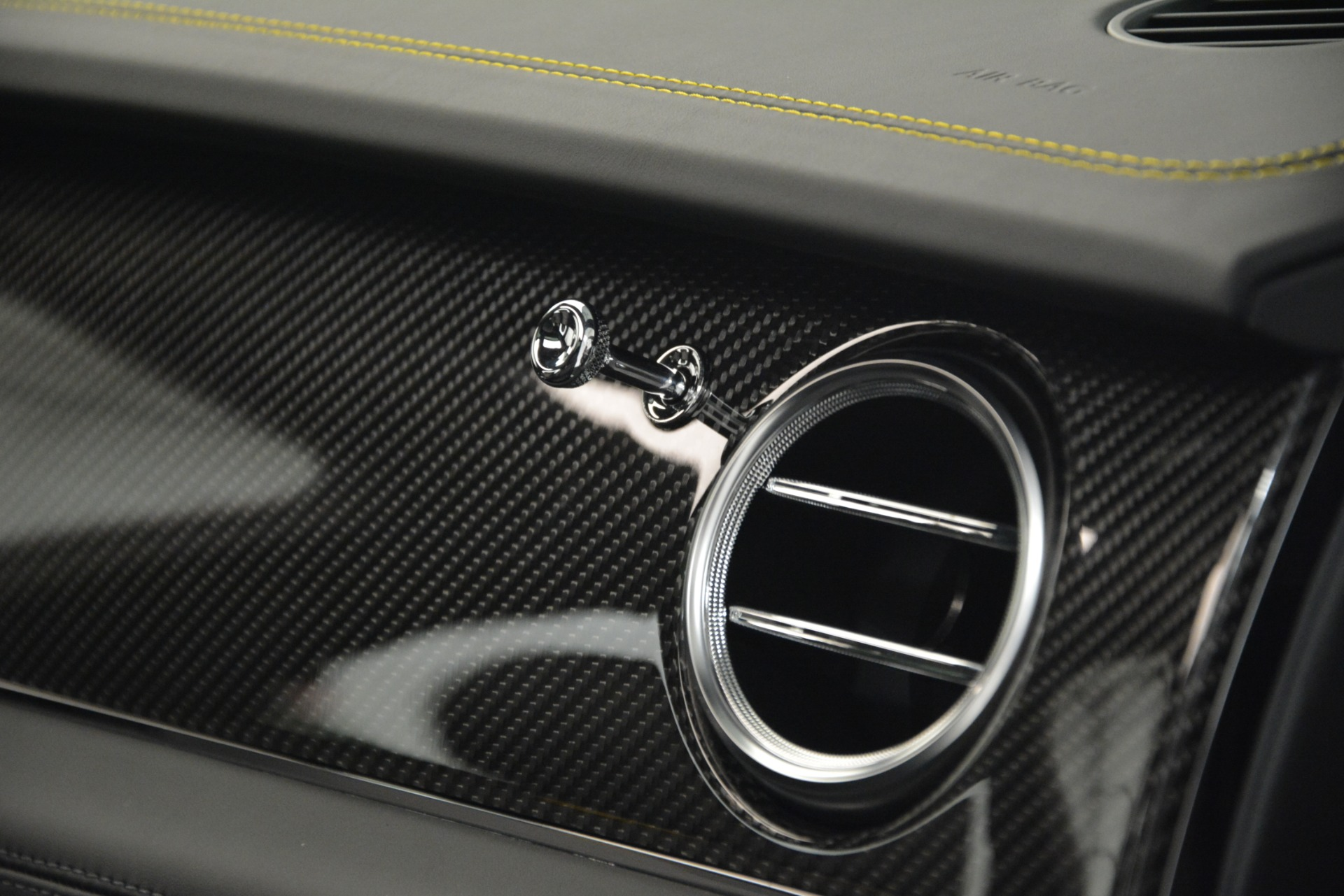 New 2019 Bentley Bentayga V8 For Sale In Greenwich, CT. Alfa Romeo of Greenwich, B1399 2675_p26