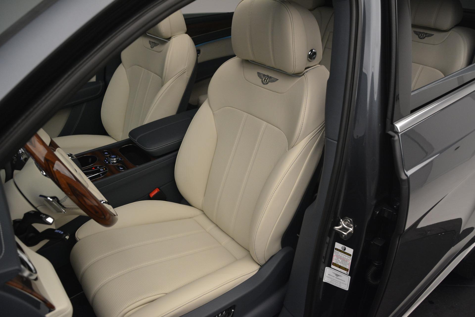New 2019 Bentley Bentayga V8 For Sale In Greenwich, CT. Alfa Romeo of Greenwich, B1397 2676_p21