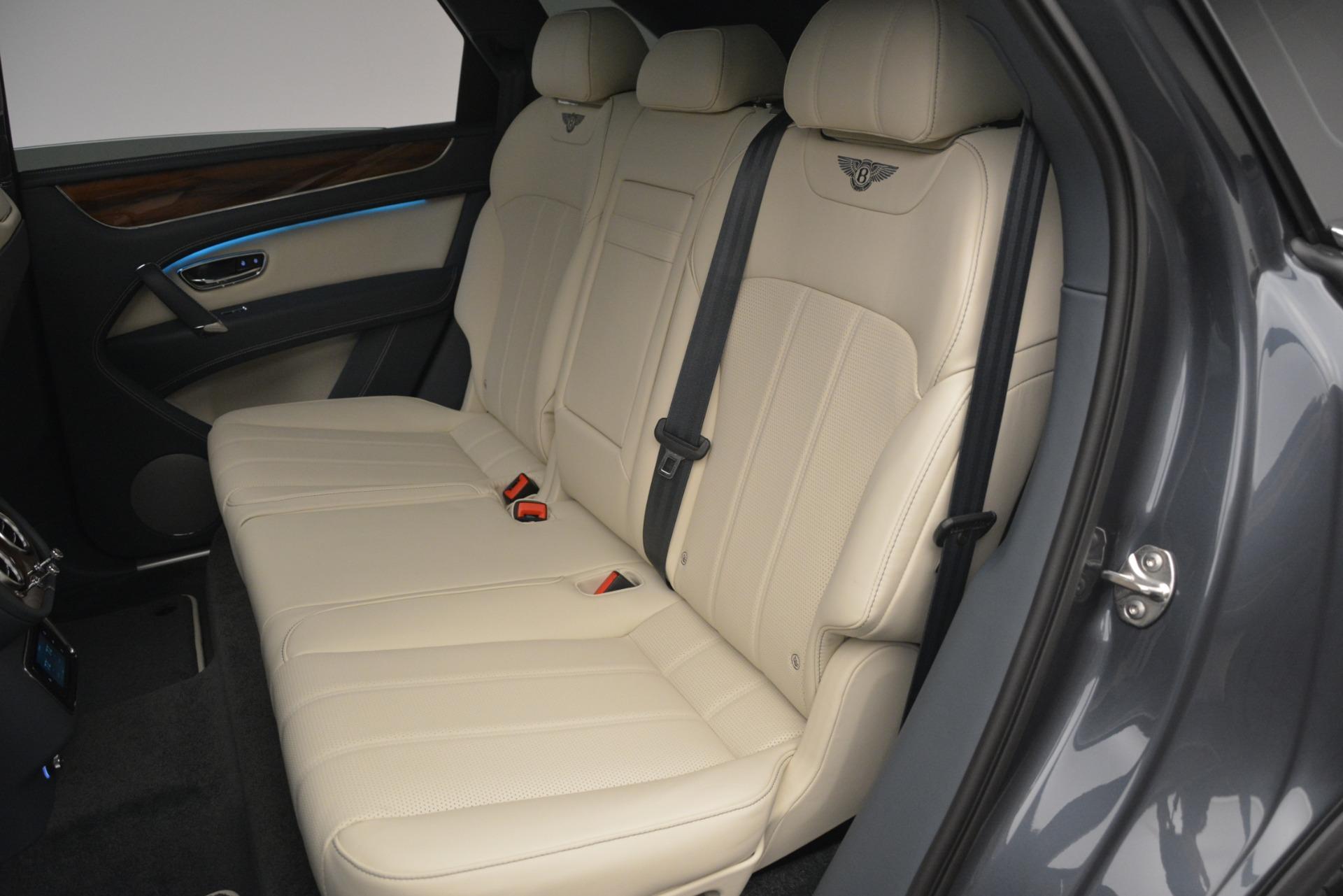 New 2019 Bentley Bentayga V8 For Sale In Greenwich, CT. Alfa Romeo of Greenwich, B1397 2676_p25