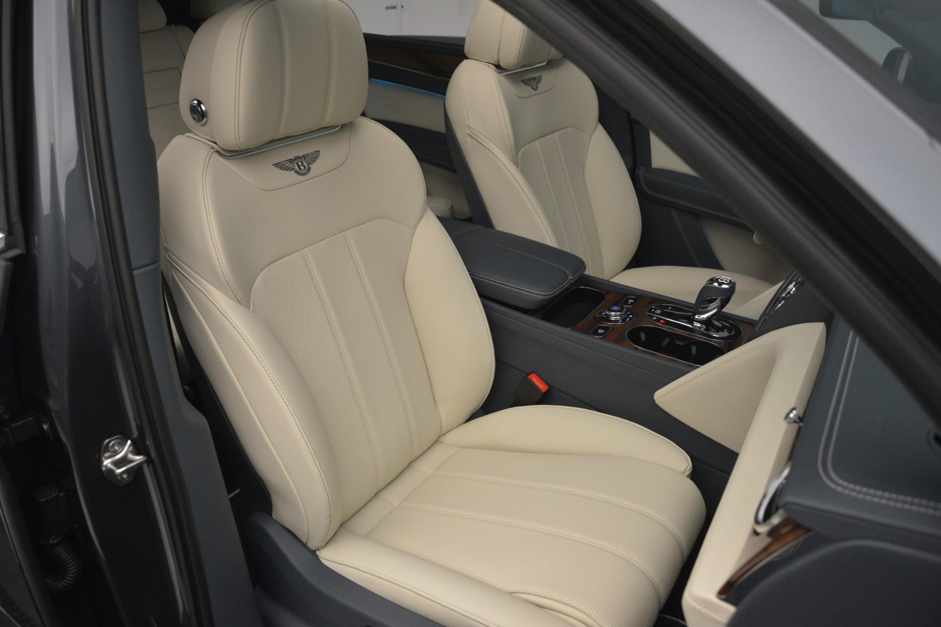 New 2019 Bentley Bentayga V8 For Sale In Greenwich, CT. Alfa Romeo of Greenwich, B1397 2676_p29