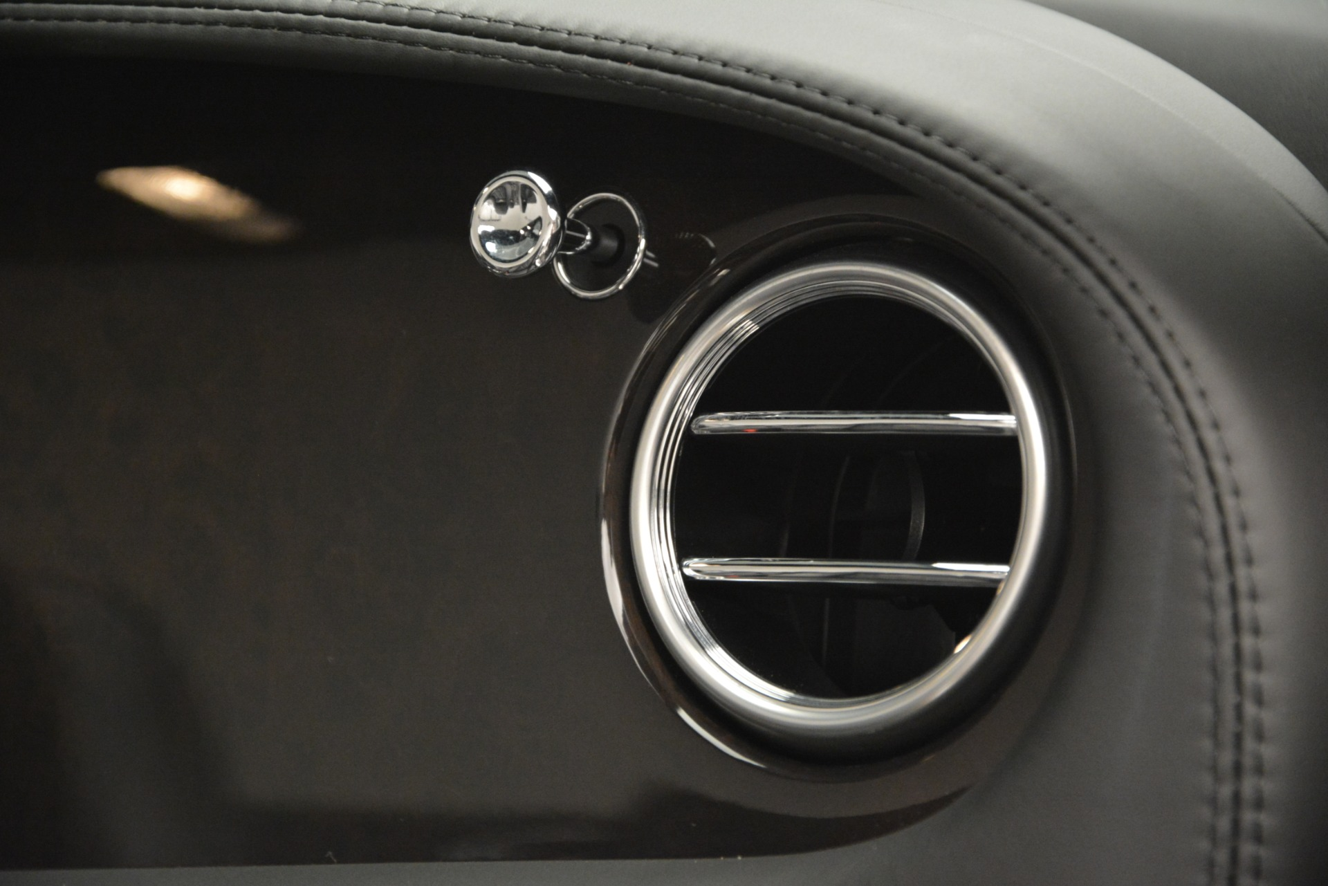 Used 2010 Bentley Continental GT Speed For Sale In Greenwich, CT. Alfa Romeo of Greenwich, 7441 2677_p27