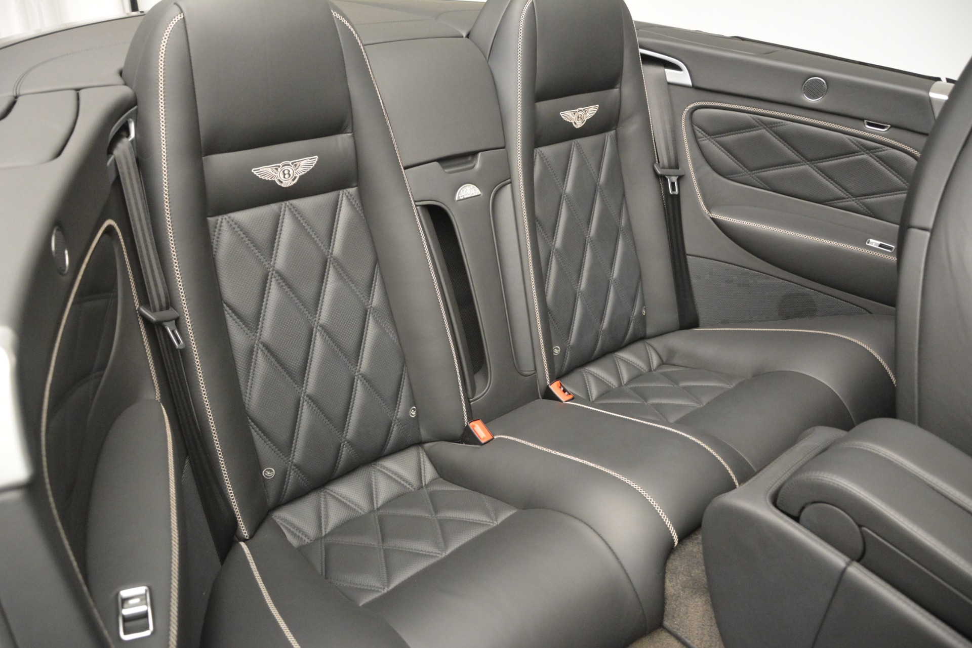 Used 2010 Bentley Continental GT Speed For Sale In Greenwich, CT. Alfa Romeo of Greenwich, 7441 2677_p32