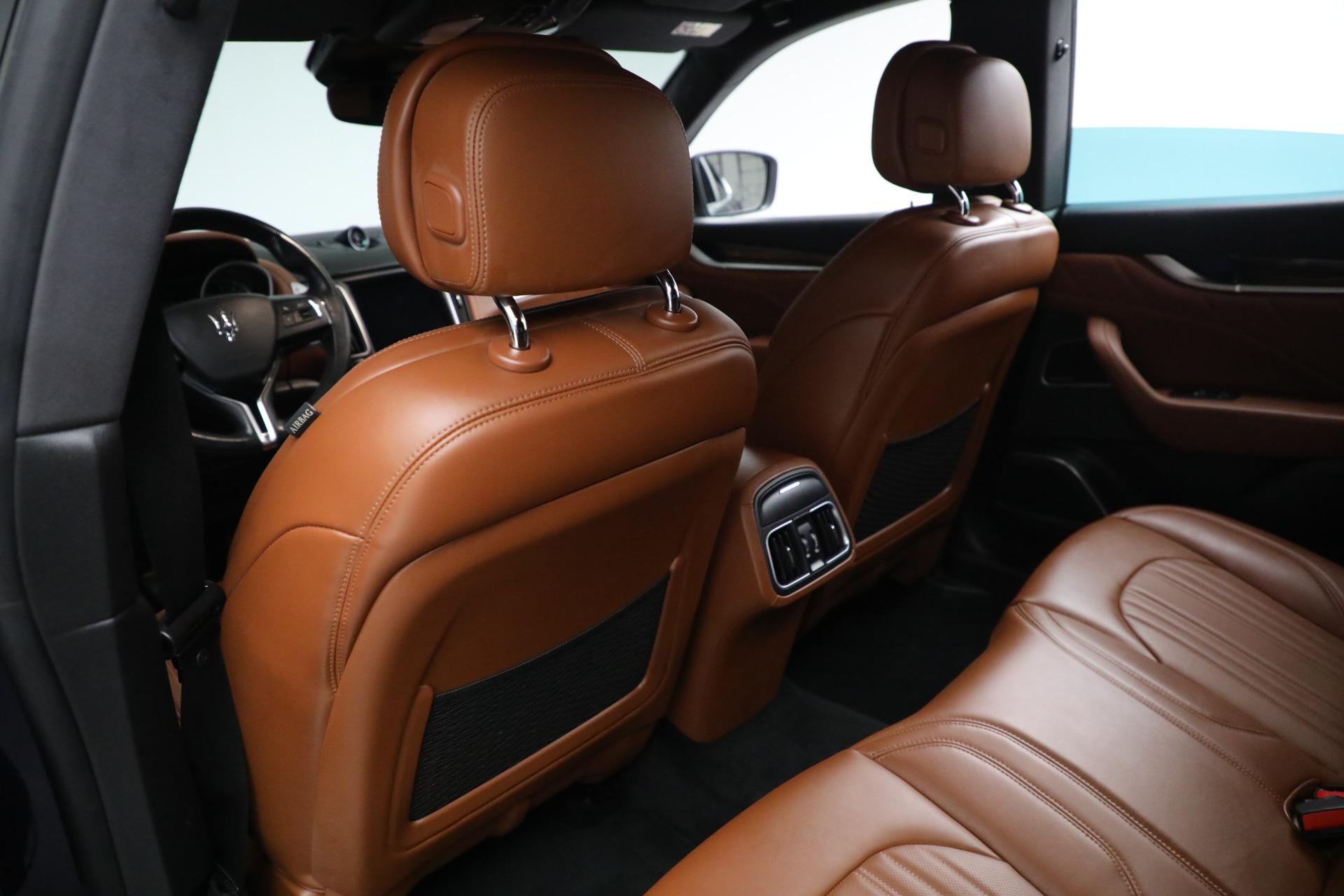 New 2019 Maserati Levante Q4 GranLusso For Sale In Greenwich, CT. Alfa Romeo of Greenwich, M2207 2678_p18