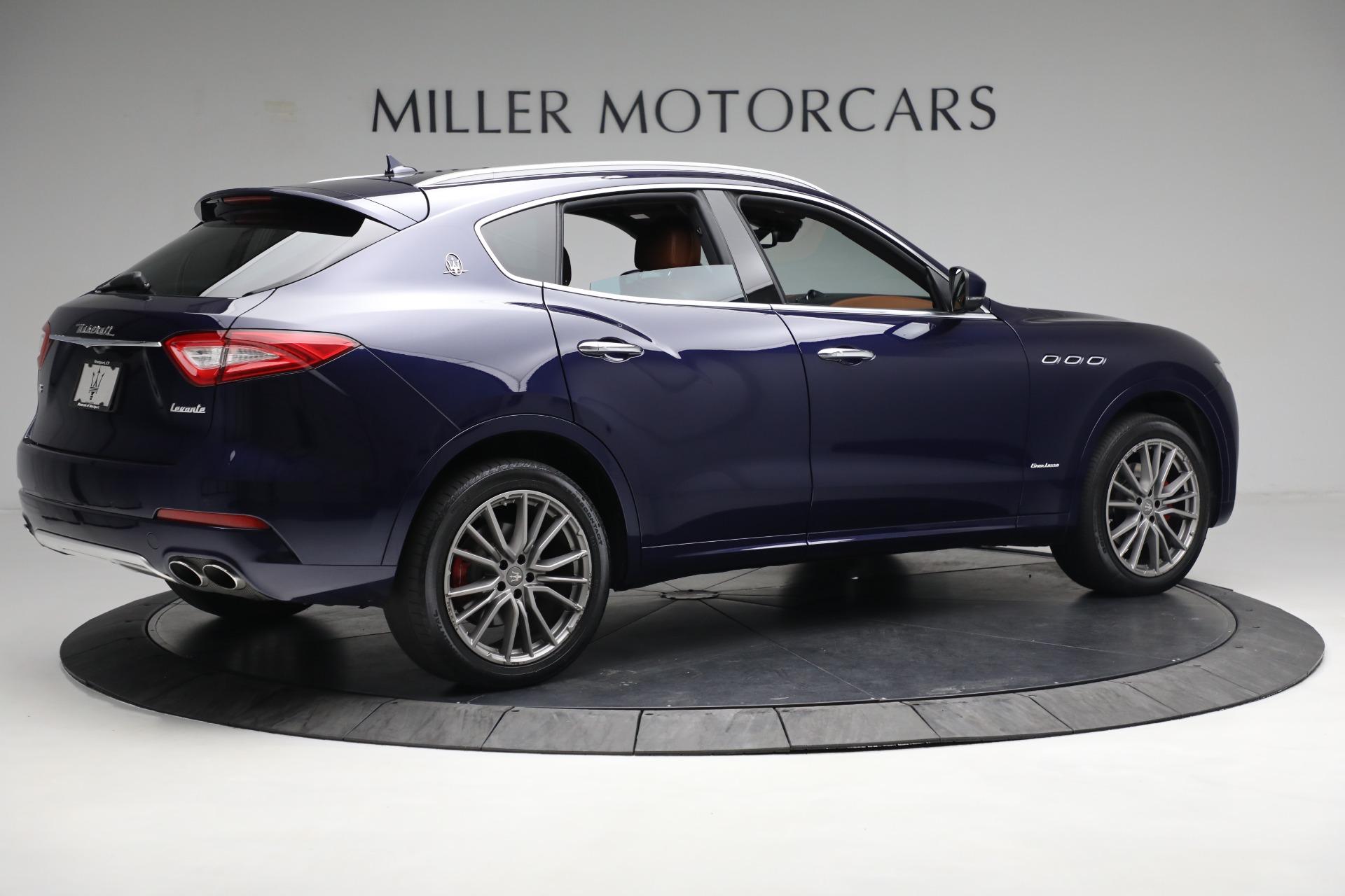 New 2019 Maserati Levante Q4 GranLusso For Sale In Greenwich, CT. Alfa Romeo of Greenwich, M2207 2678_p8